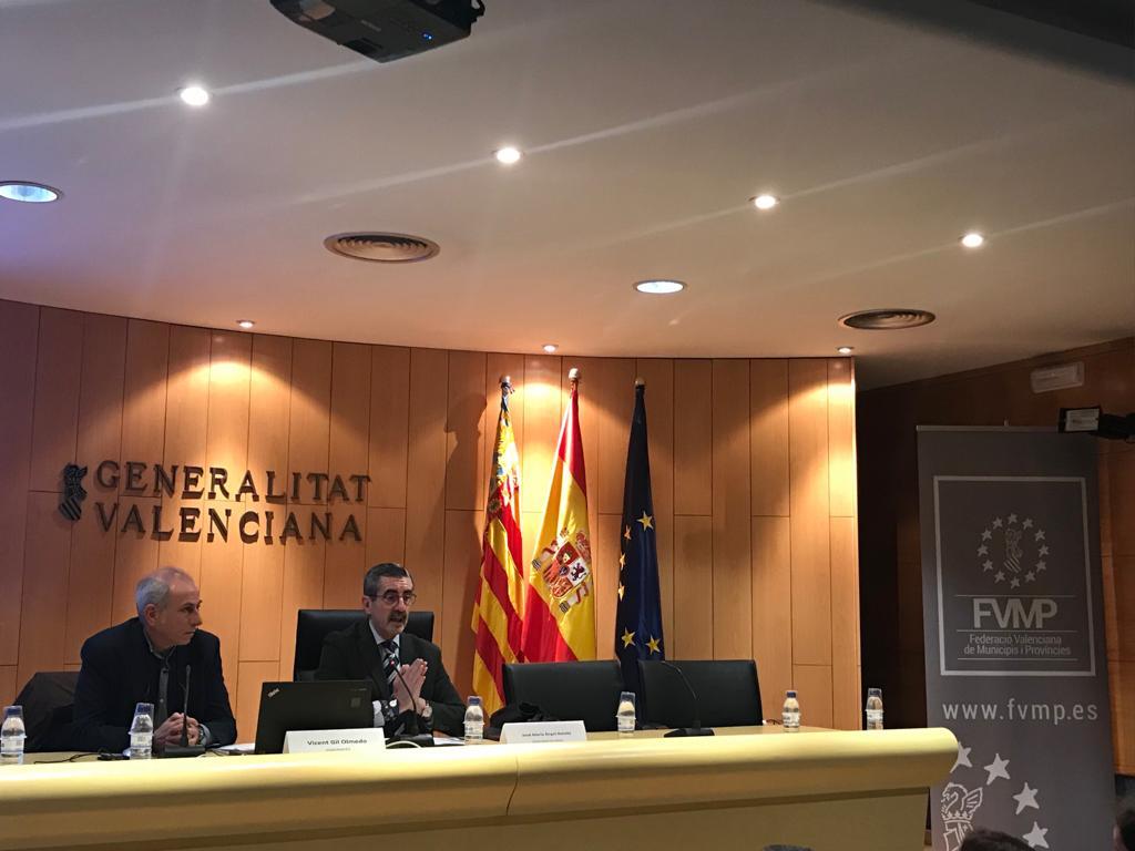 """La Generalitat acosta als municipis els desplegaments legislatius per a l""""aplicació de la Llei de coordinació de policies locals"""