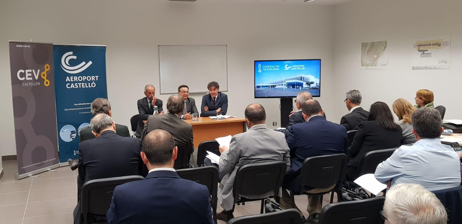 """Aerocas informa els empresaris sobre els avanços i línies estratègiques de l""""aeroport de Castelló"""