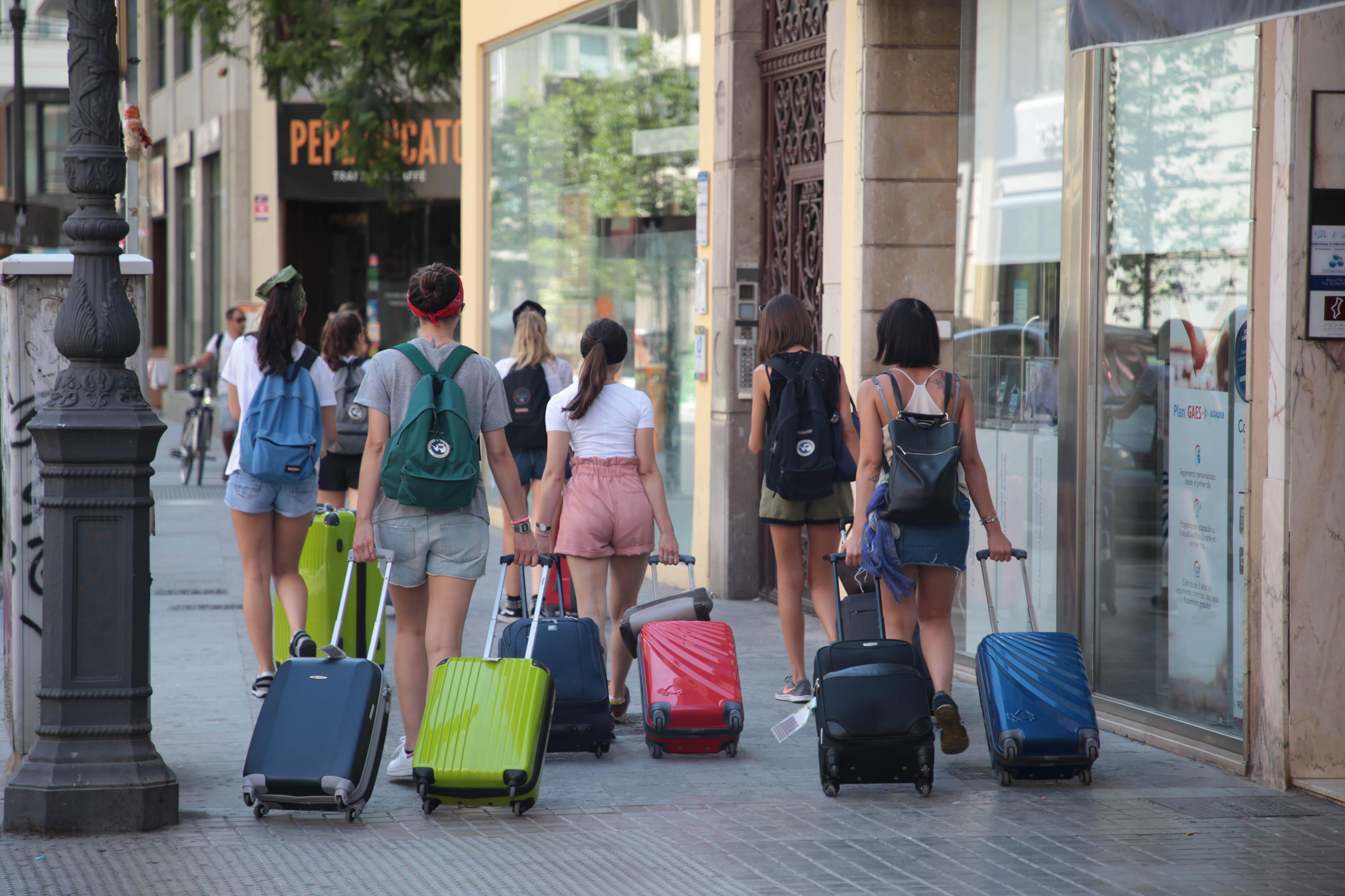 """Les pernoctacions en els hotels de la Comunitat Valenciana s""""incrementen fins a abril un 2,8 % respecte al mateix període de 2018"""