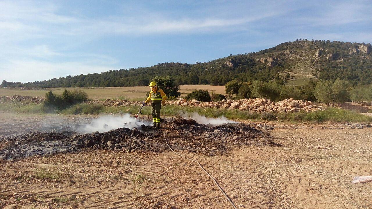 """La Conselleria d""""Agricultura i Medi Ambient prohibeix les cremes agrícoles entre juny i octubre en sòl forestal o en els seus voltants"""