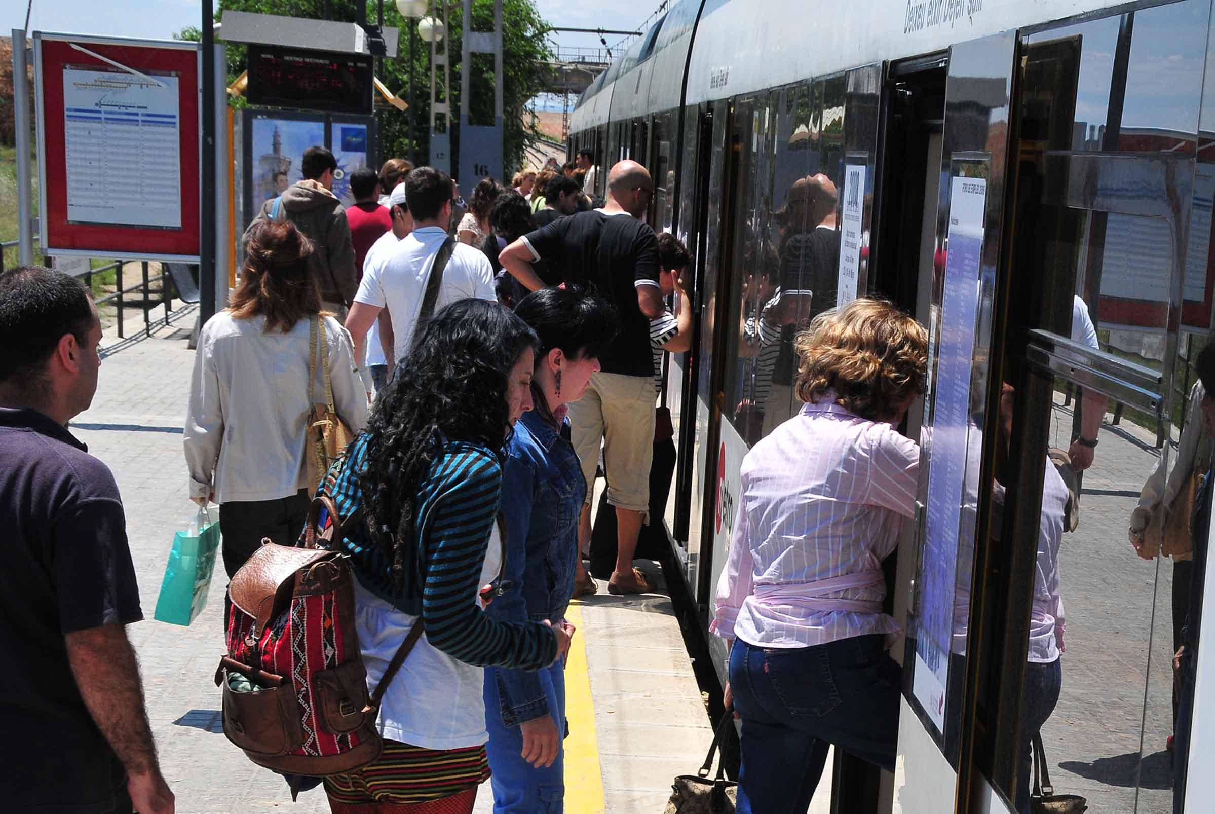 La Generalitat va facilitar el desplaçament a 5,5 milions de viatgers al juny en Metrovalencia