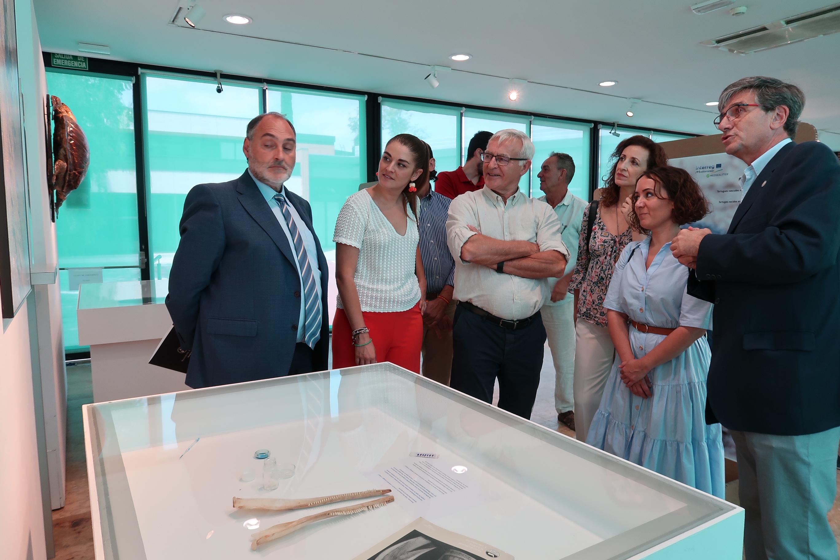 Mollà aposta pel desenvolupament de mesures eficients per a preservar la flora i fauna mediterrànies