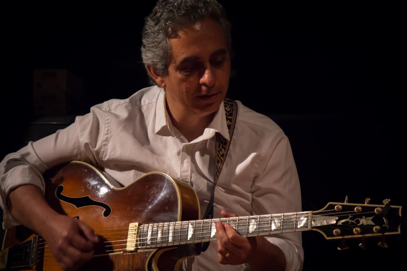 """Les Nits al Claustre conclouen amb la proposta de jazz de Fabián Barraza Django""""s Quartet"""