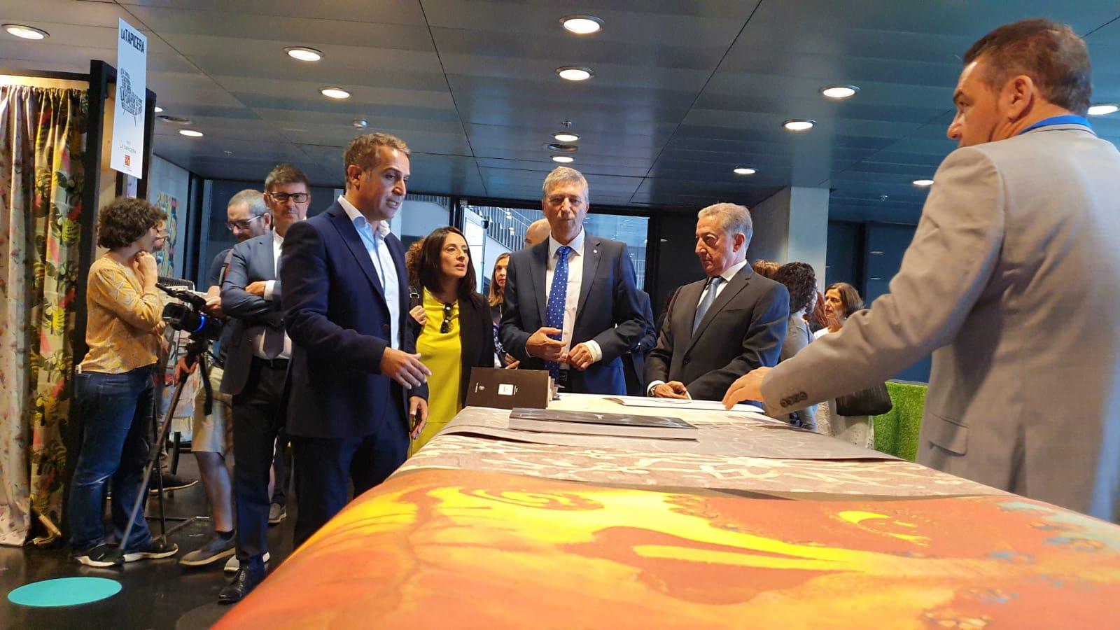 """Dèsset compradors de 14 països coneixen l""""oferta valenciana en la Fira Home Tèxtils convidats per Ivace Internacional"""