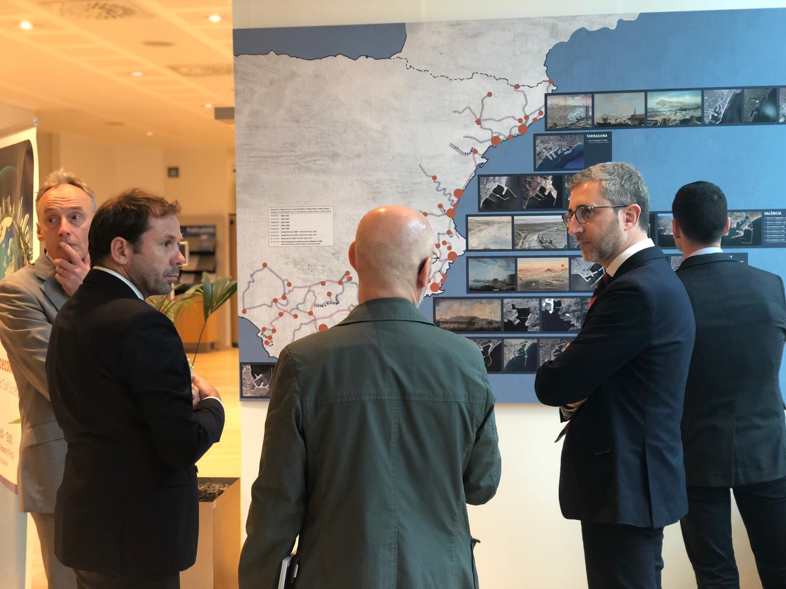 Arcadi España reivindica el Corredor Mediterráneo como puerta de acceso a Europa