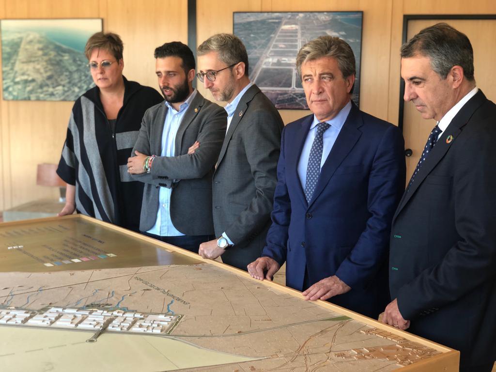 Arcadi España sitúa Parc Sagunt como ejemplo de colaboración entre administraciones para generar confianza en las empresas y crear puestos de trabajo
