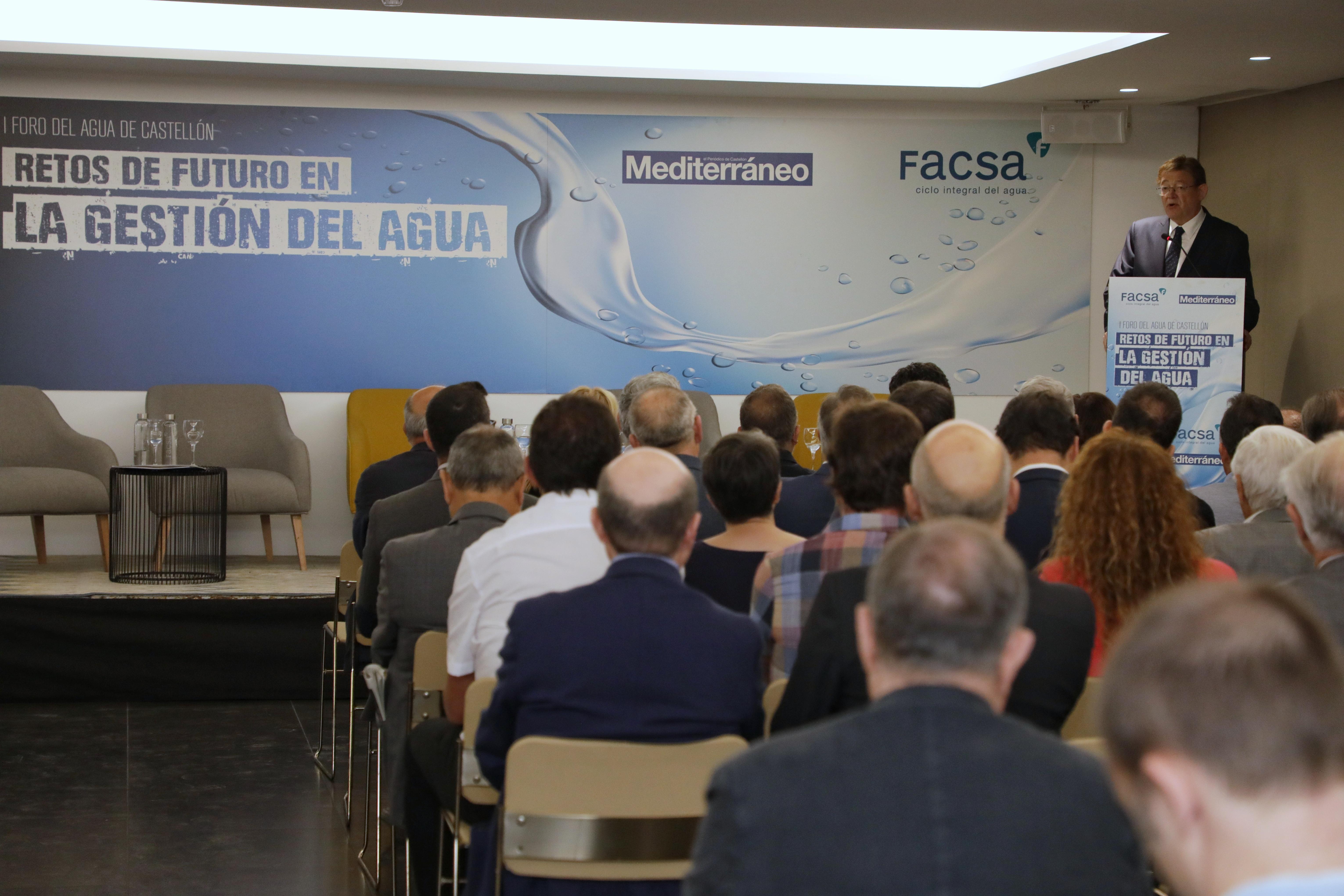 Ximo Puig avanza que el tercer plan de saneamiento impulsará la reutilización y apuesta por la cogestión del agua