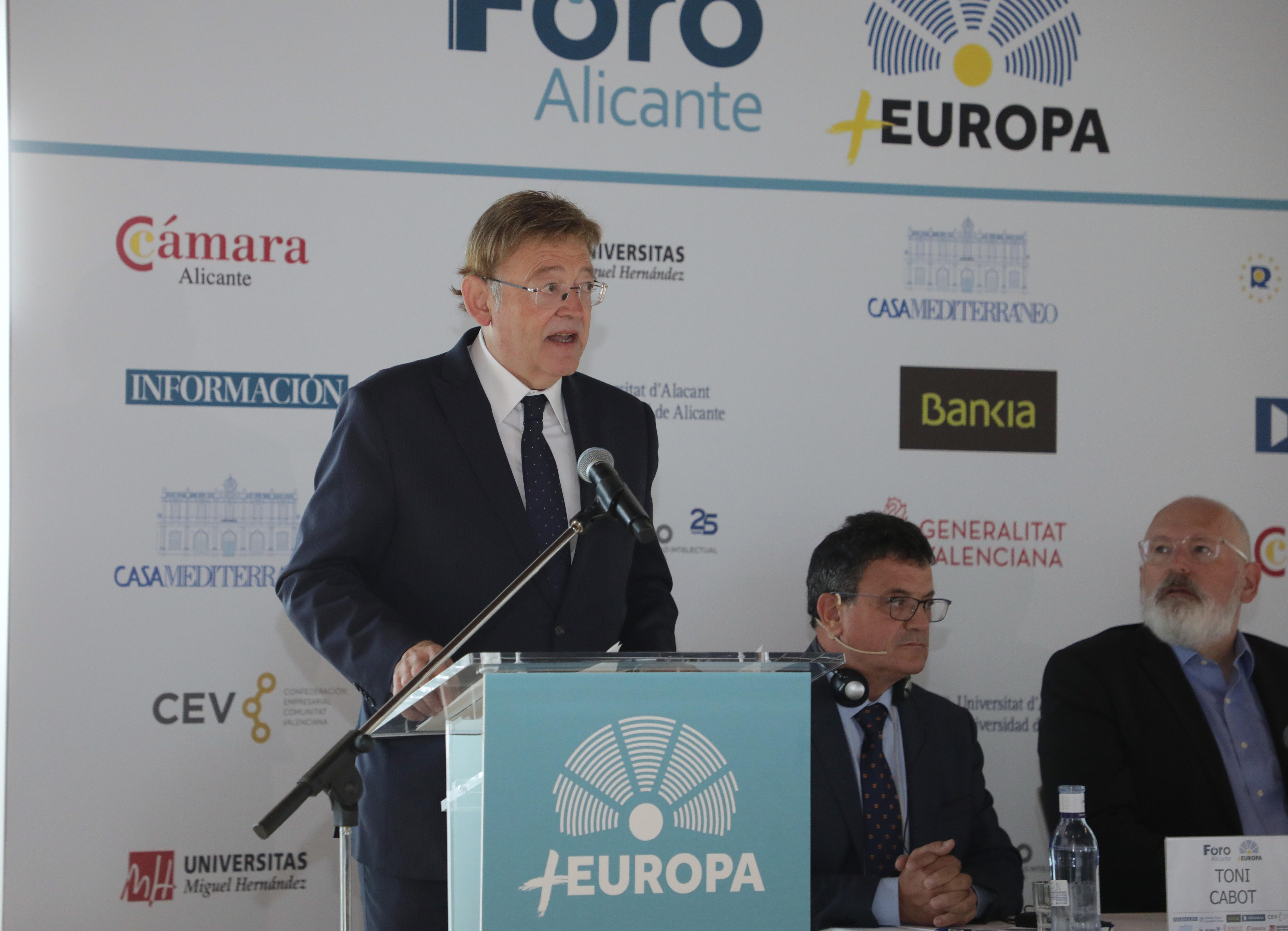 """Ximo Puig reclama la implicació de la Unió Europea per a reconstruir el Baix Segura perquè """"tots els mitjans i totes les mans són necessaris"""""""