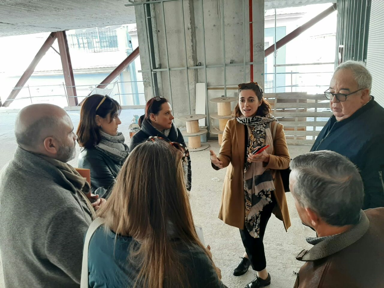 """La secretària autonòmica d""""Arquitectura Bioclimàtica visita les obres de rehabilitació de Ciutat Elegida Joan XXIII i el Centre 14"""