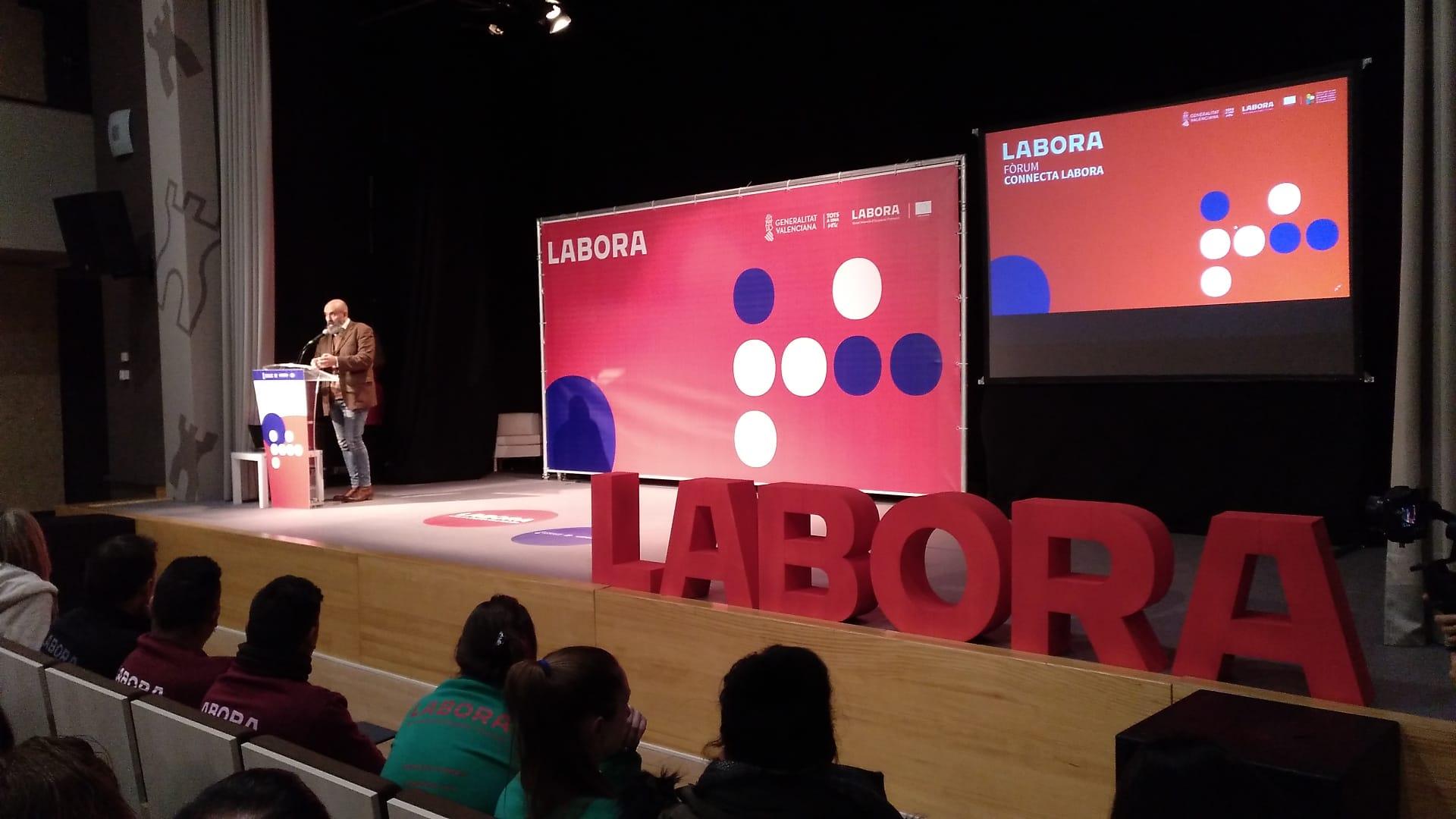 """Més de 600 persones desocupades participen en l""""I Fòrum Connecta Labora celebrat a Almassora"""