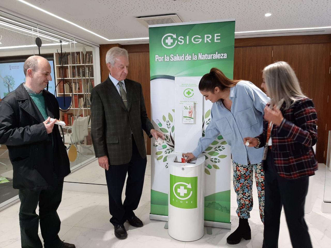 Mollà destaca el liderazgo de la sociedad valenciana en reciclaje de medicamentos, que se sitúa 3 puntos por encima de la media española