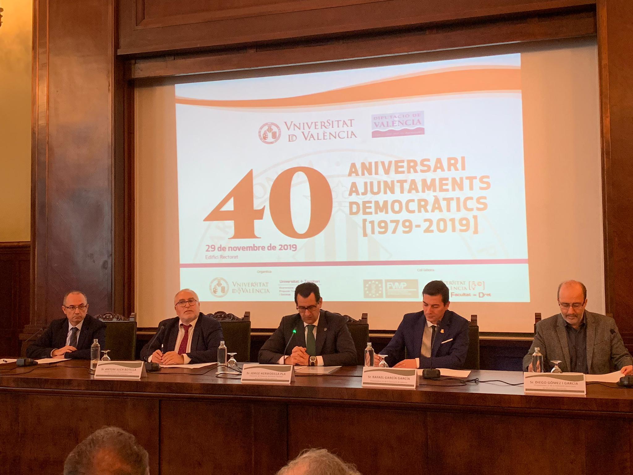 """Such participa en les jornades """"40 anys d""""ajuntaments democràtics"""" que organitza la Universitat de València"""