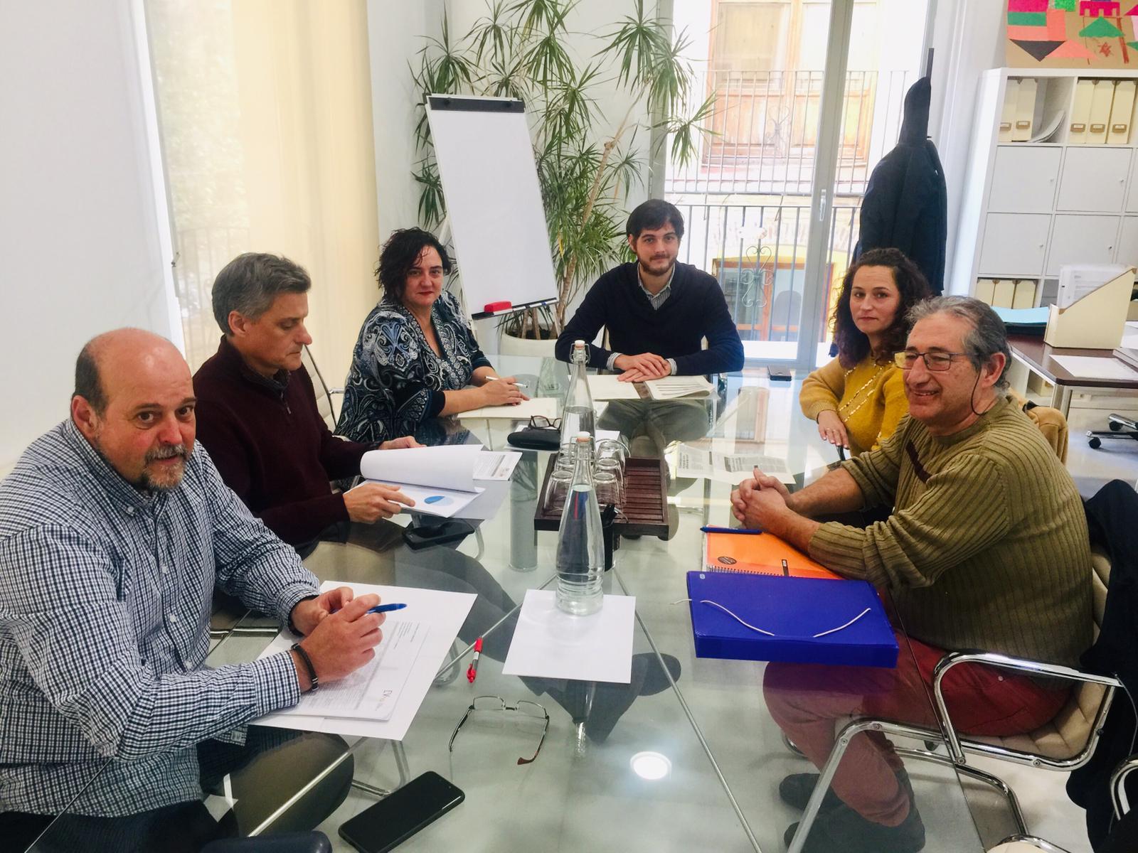 """La Generalitat i l""""Ajuntament de Massamagrell analitzen les millores comunes que s""""executaran en el grup d""""habitatge públic"""