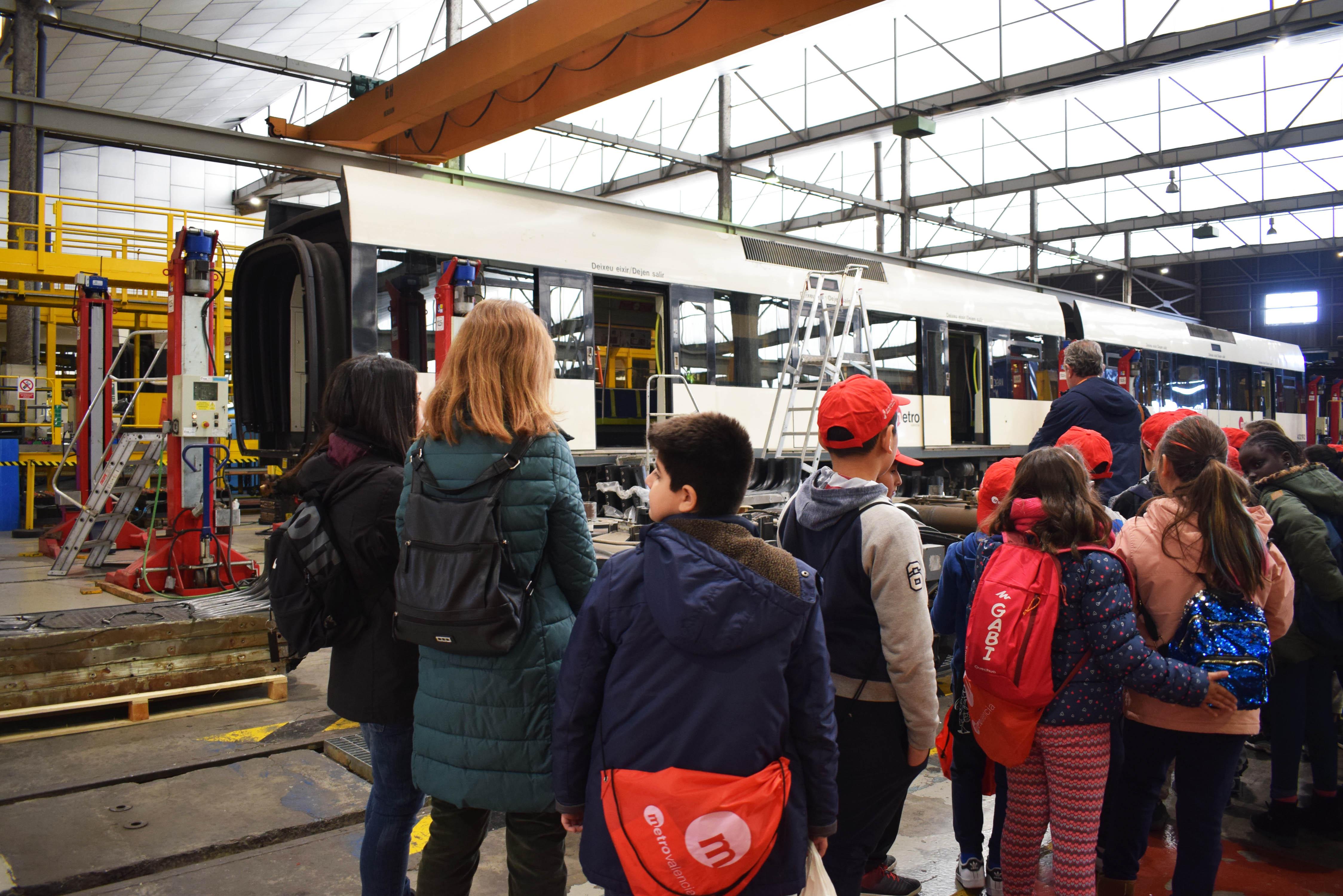 """La Generalitat inicia el programa de visites educatives d""""enguany a les instal·lacions de Metrovalencia"""