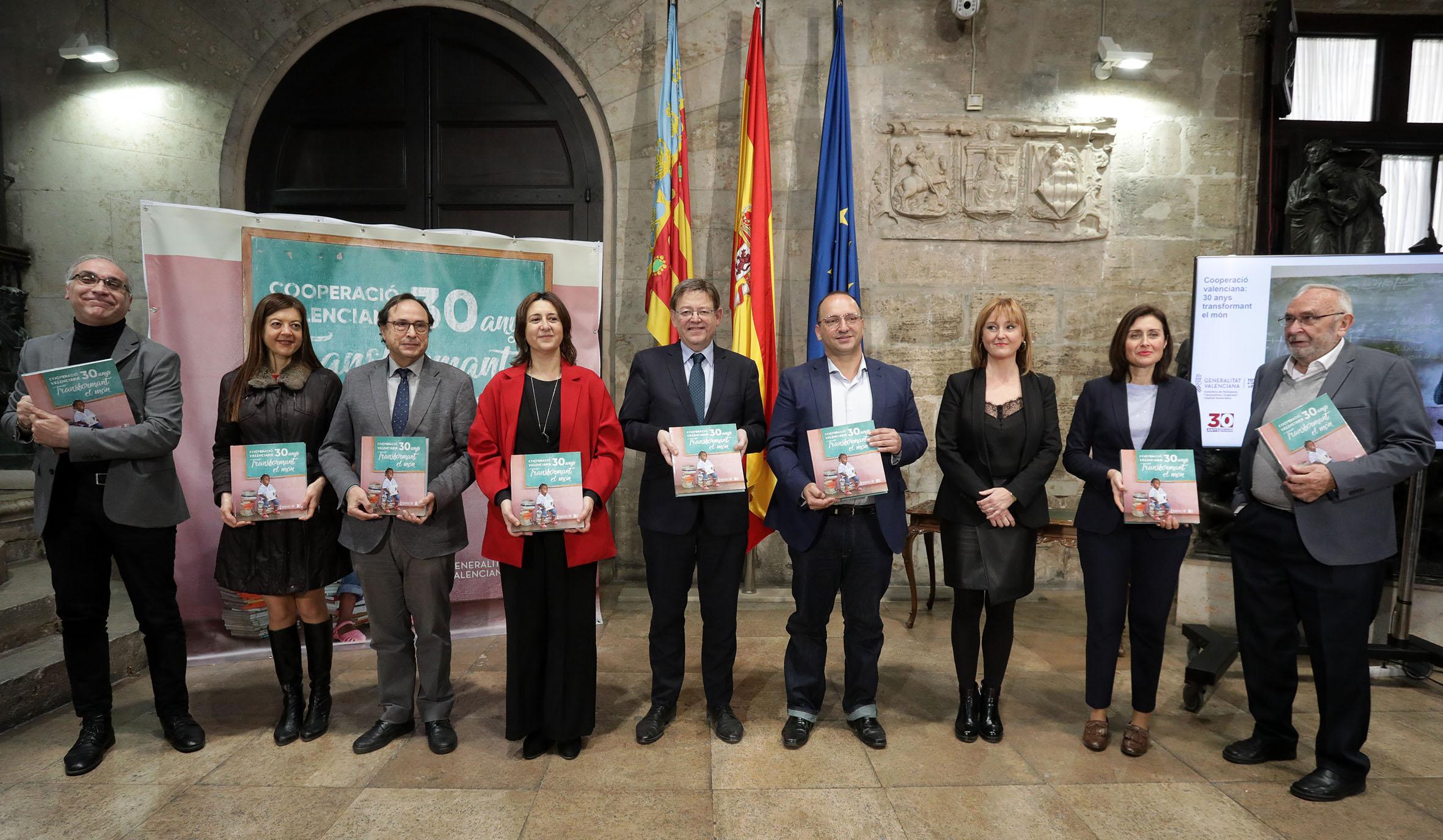 """Ximo Puig: """"Nuestro Gobierno está vinculado desde hace más de 30 años a la solidaridad y no se concibe la sociedad valenciana sin ella"""""""