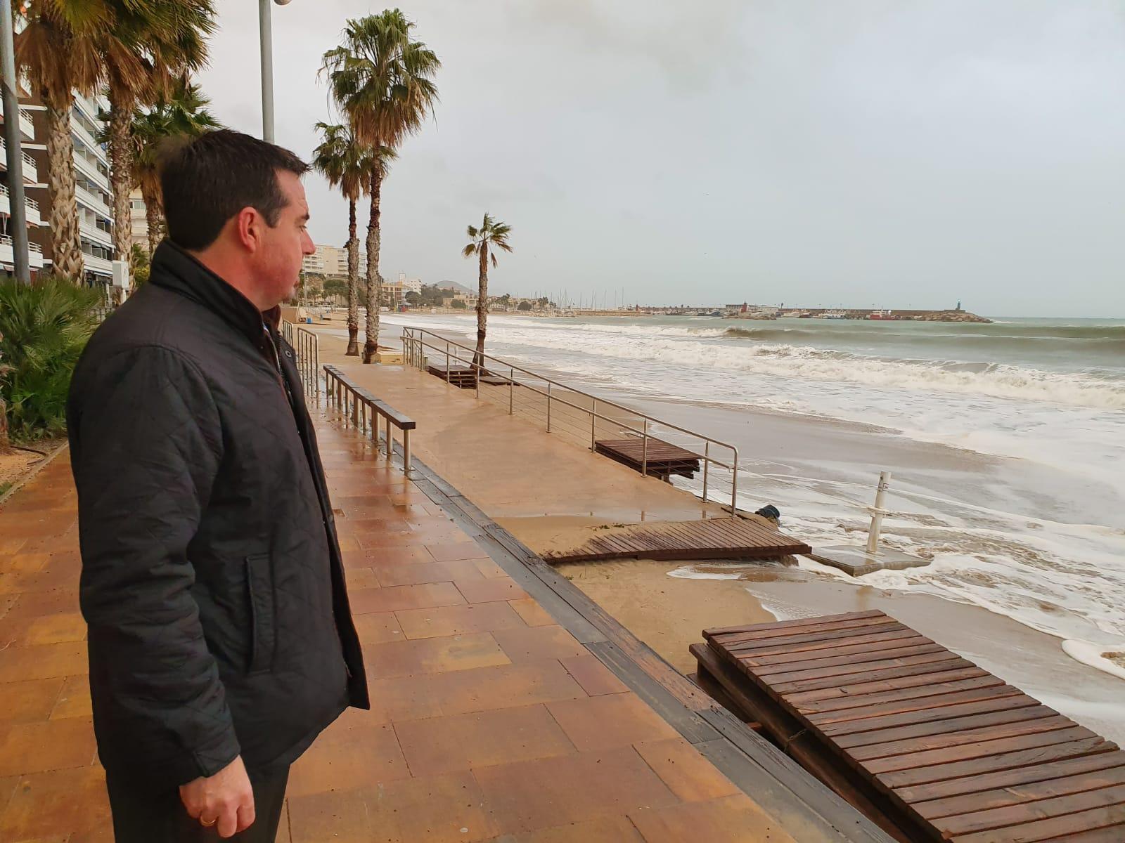 Turisme evalúa los daños causados por el temporal en las infraestructuras turísticas del litoral e inicia los trámites para restablecer la normalidad