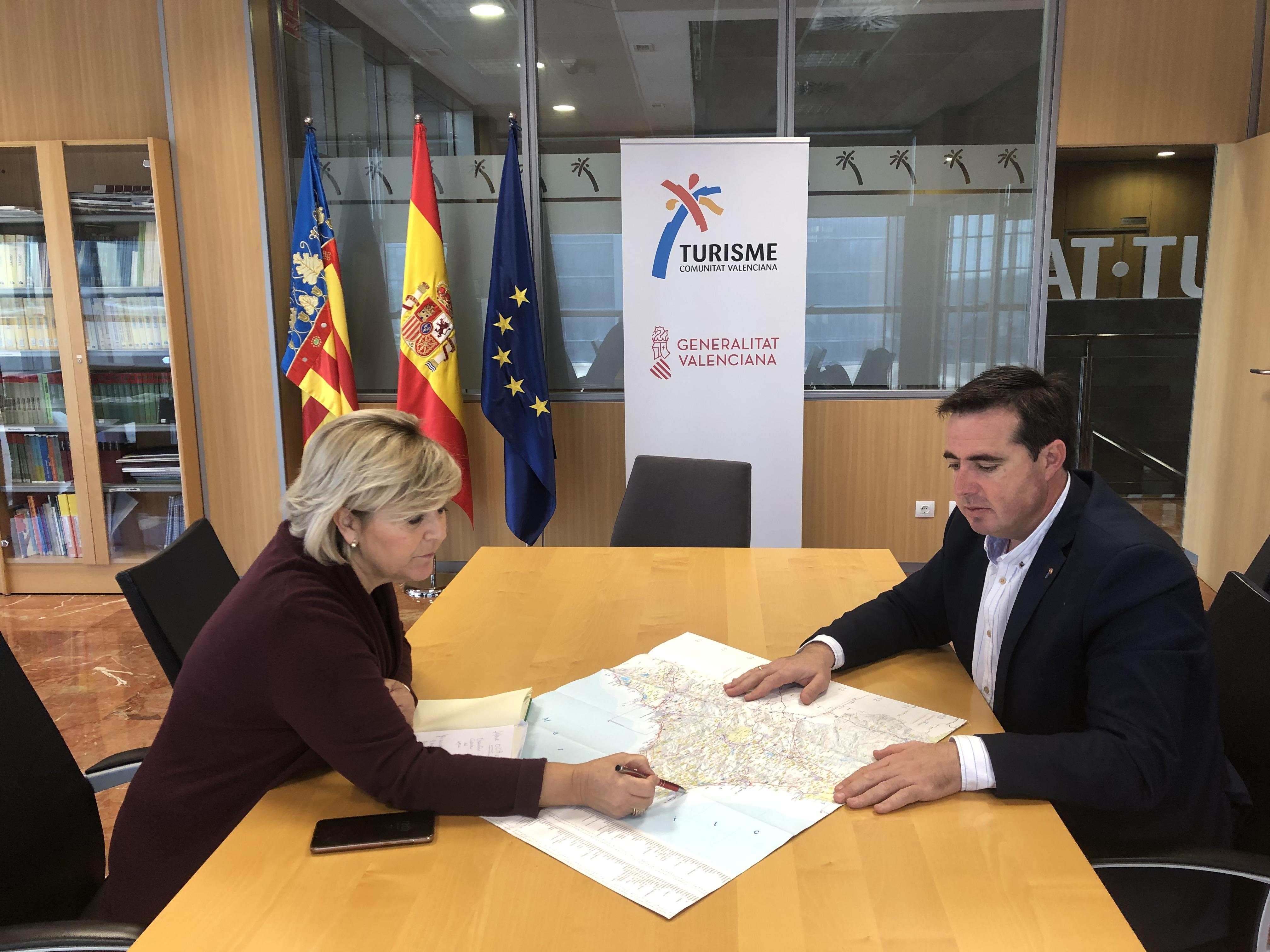 Turisme y la dirección territorial de Presidencia en Alicante coordinan acciones para la recuperación de playas y paseos marítimos