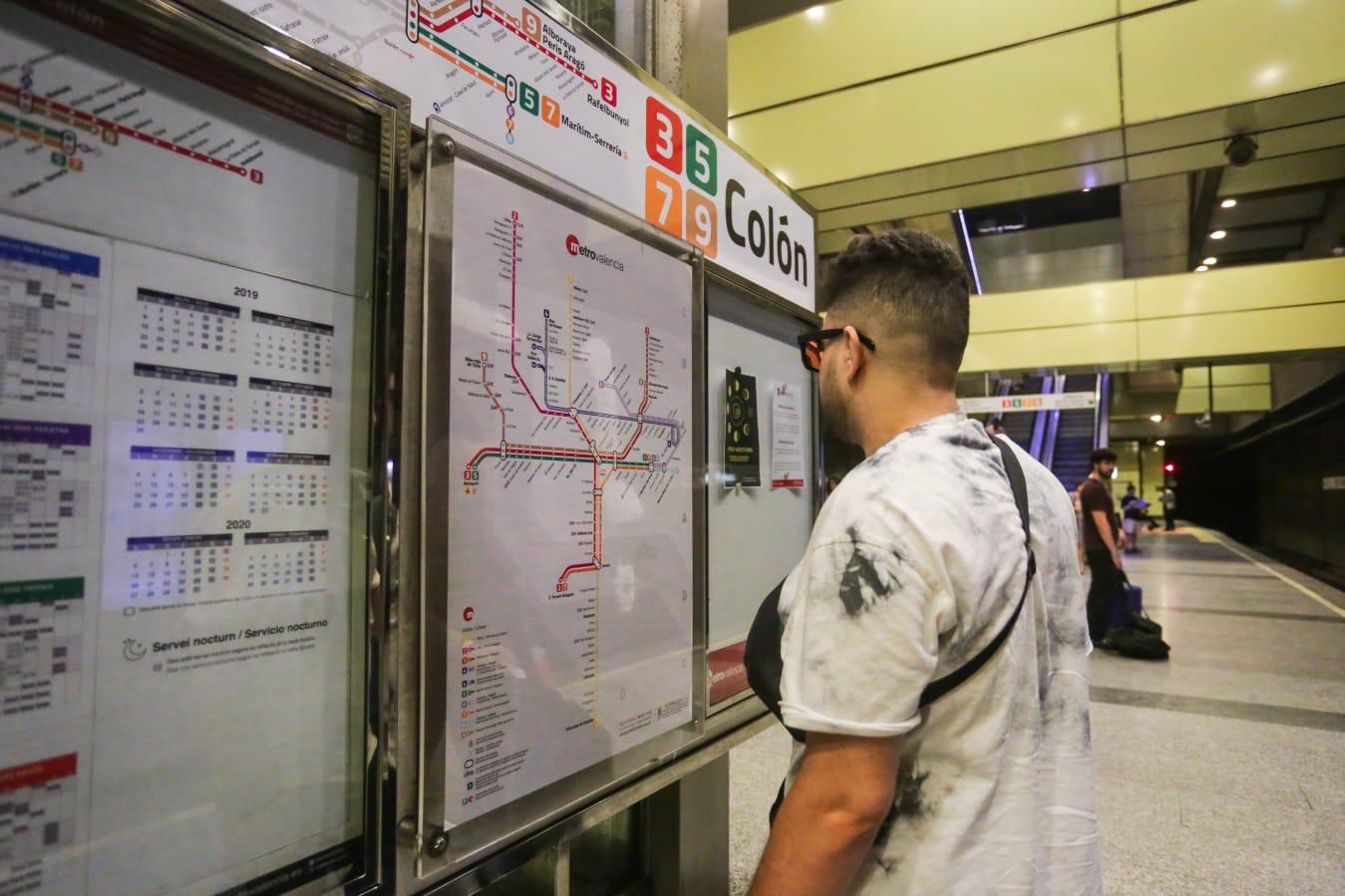 Los usuarios de Metrovalencia valoran con un notable los servicios que presta FGV