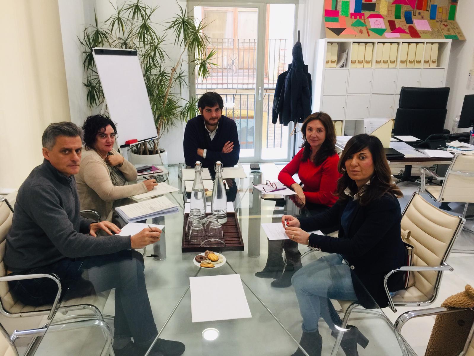 La Generalitat tiene previsto iniciar este verano las obras de mejora de elementos comunes del grupo de vivienda pública de Riba-roja de Túria