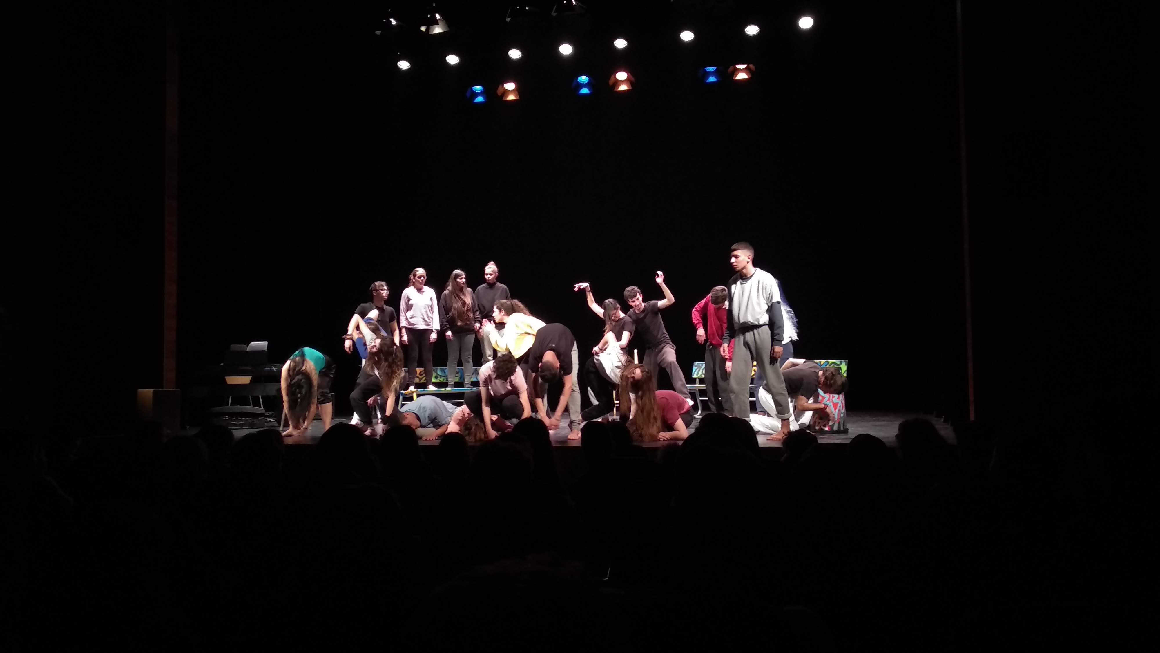 Once grupos de jóvenes se dan cita en Benicàssim para iniciar el programa Teatre de la Joventut del IVAJ