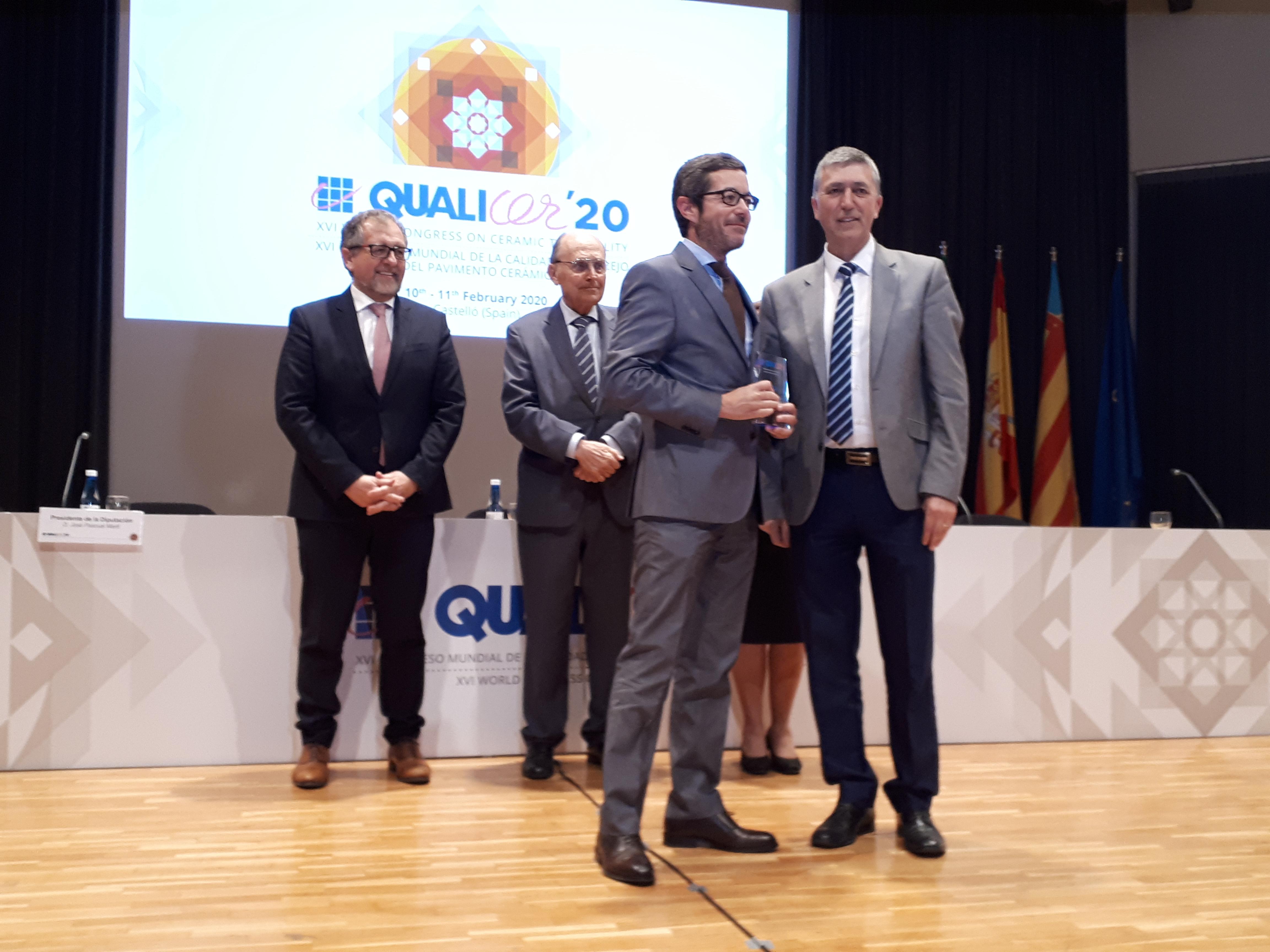 """Climent: """"El sector ceràmic és un referent a seguir en l""""estratègia de reindustrialització que impulsa la Generalitat"""""""