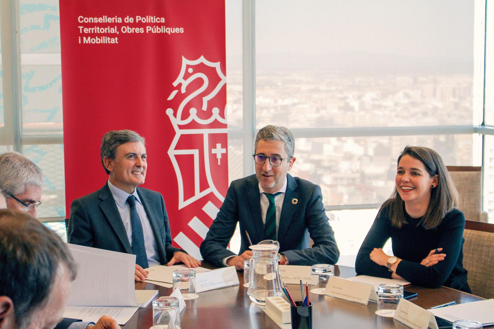 Generalitat y Ministerio anuncian un Plan de Acción para recuperar los niveles de puntualidad y fiabilidad del servicio de Cercanías antes de fina...
