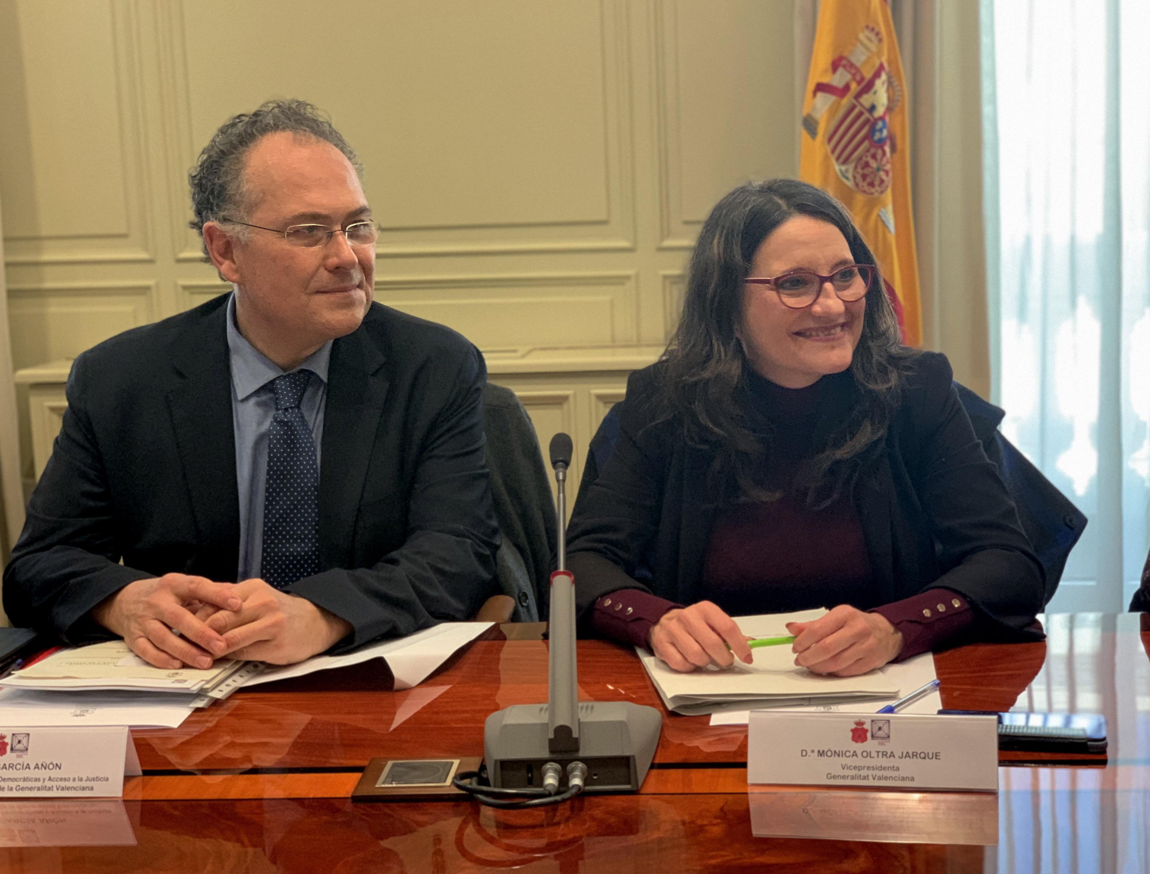 """Oltra: """"La adaptación de la ley valenciana al convenio de Estambul permite considerar la violencia contra las mujeres como una violación de los de..."""
