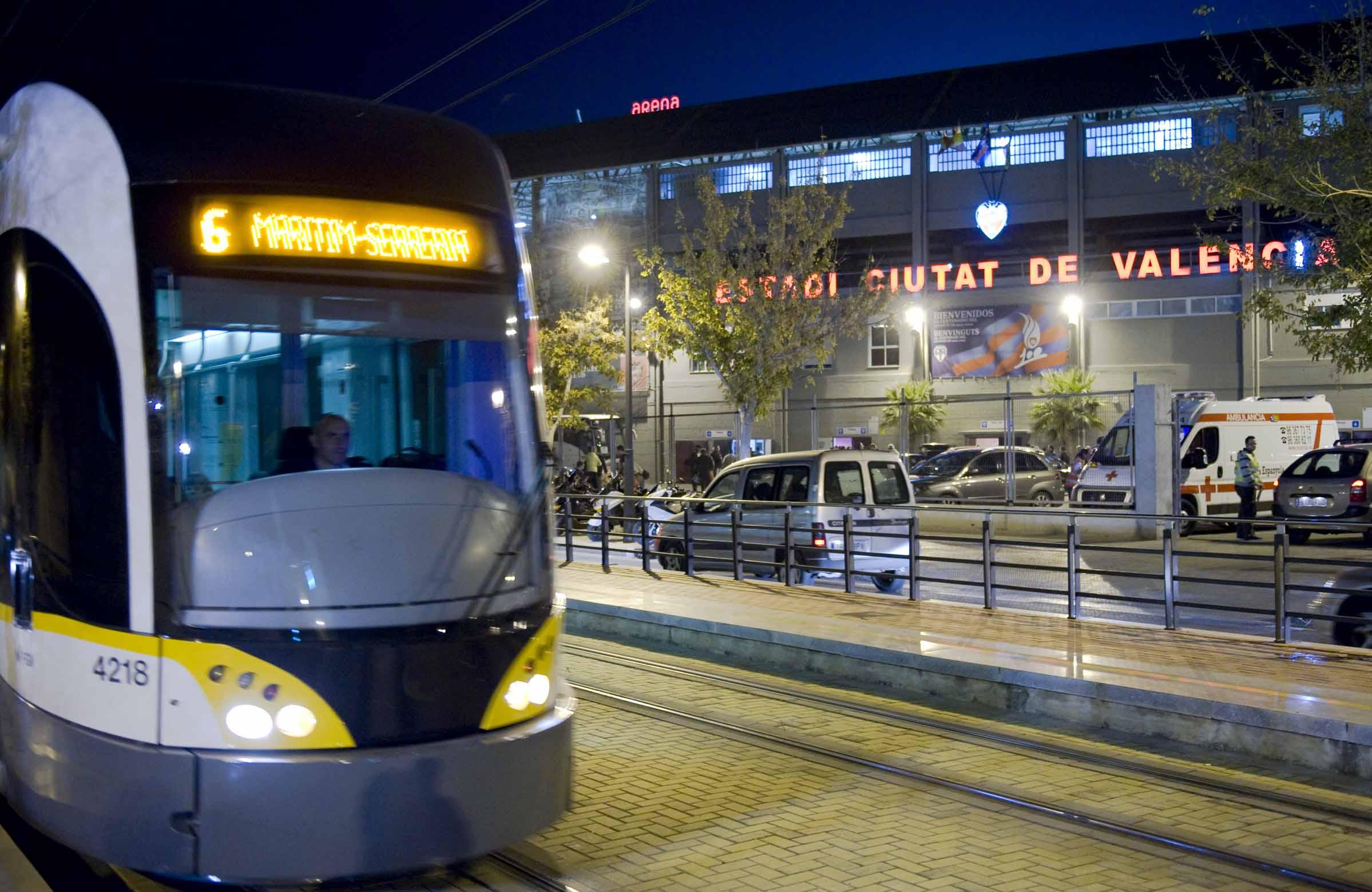 """Metrovalencia facilita l""""accés i la tornada de l""""afició del partit que disputen Llevant UE i Reial Madrid"""