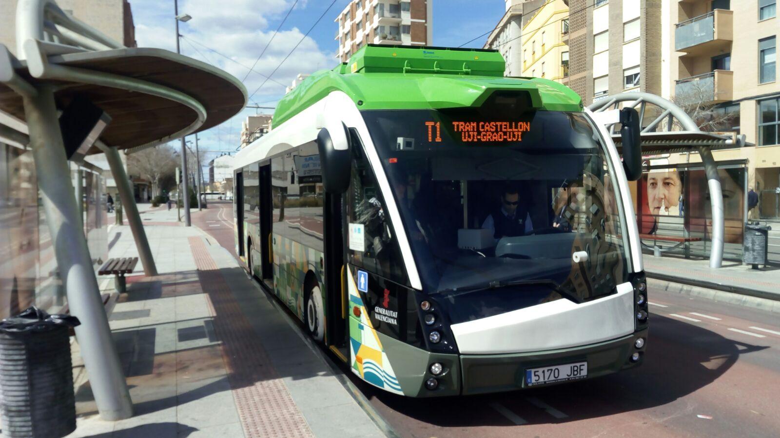 La Generalitat ofrecerá en las fiestas de la Magdalena servicios especiales del TRAM de Castelló y un abono de transporte por 9 euros
