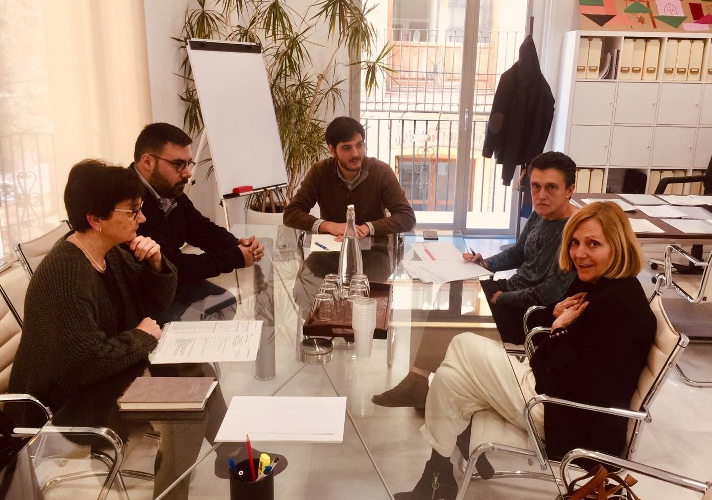 La Conselleria de Vivienda y el Ayuntamiento de Bétera estudian actuaciones conjuntas para dignificar la vivienda social en el municipio