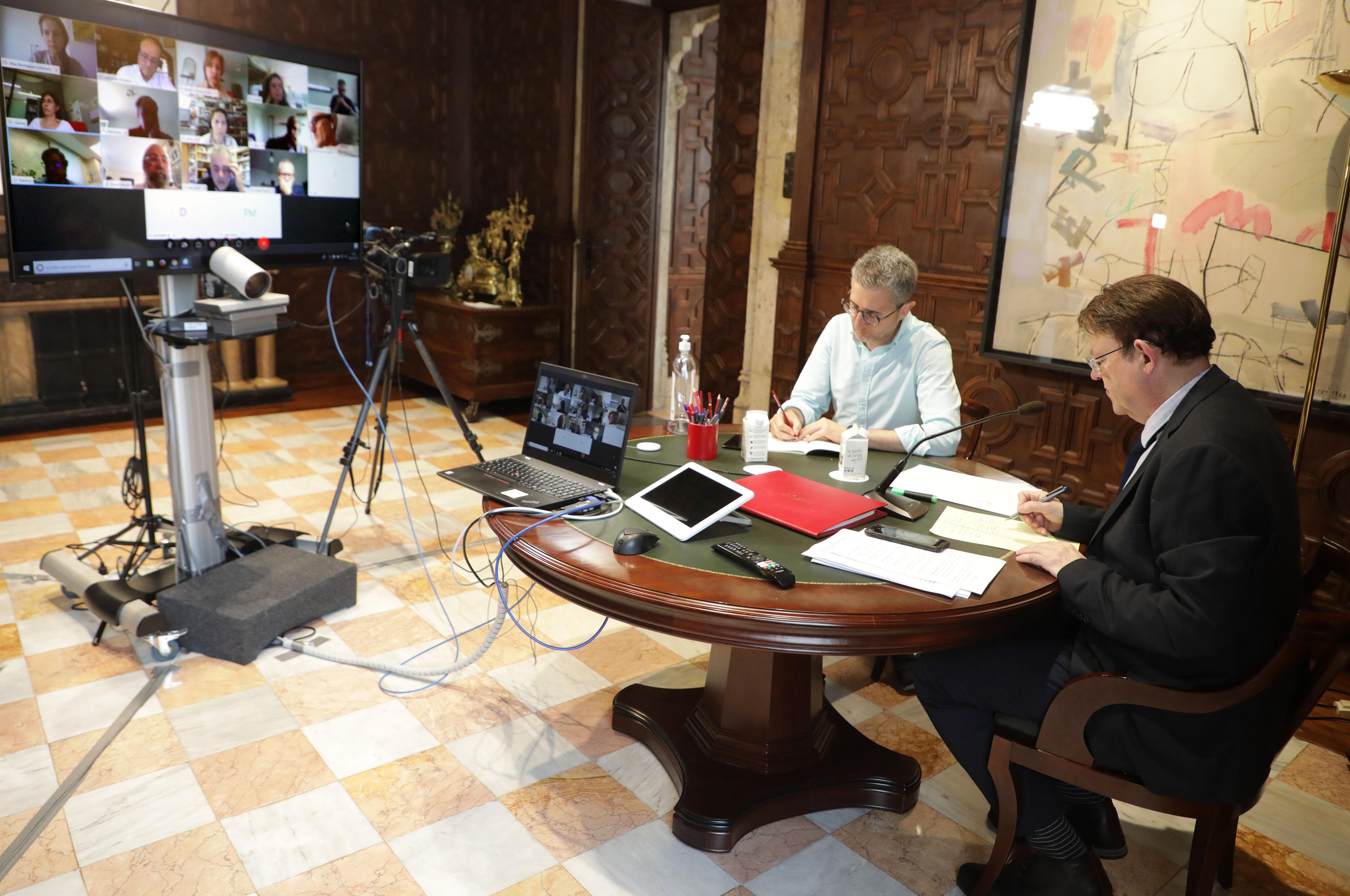 Ximo Puig manté una nova reunió amb persones expertes per a perfilar actuacions davant de la pandèmia de coronavirus