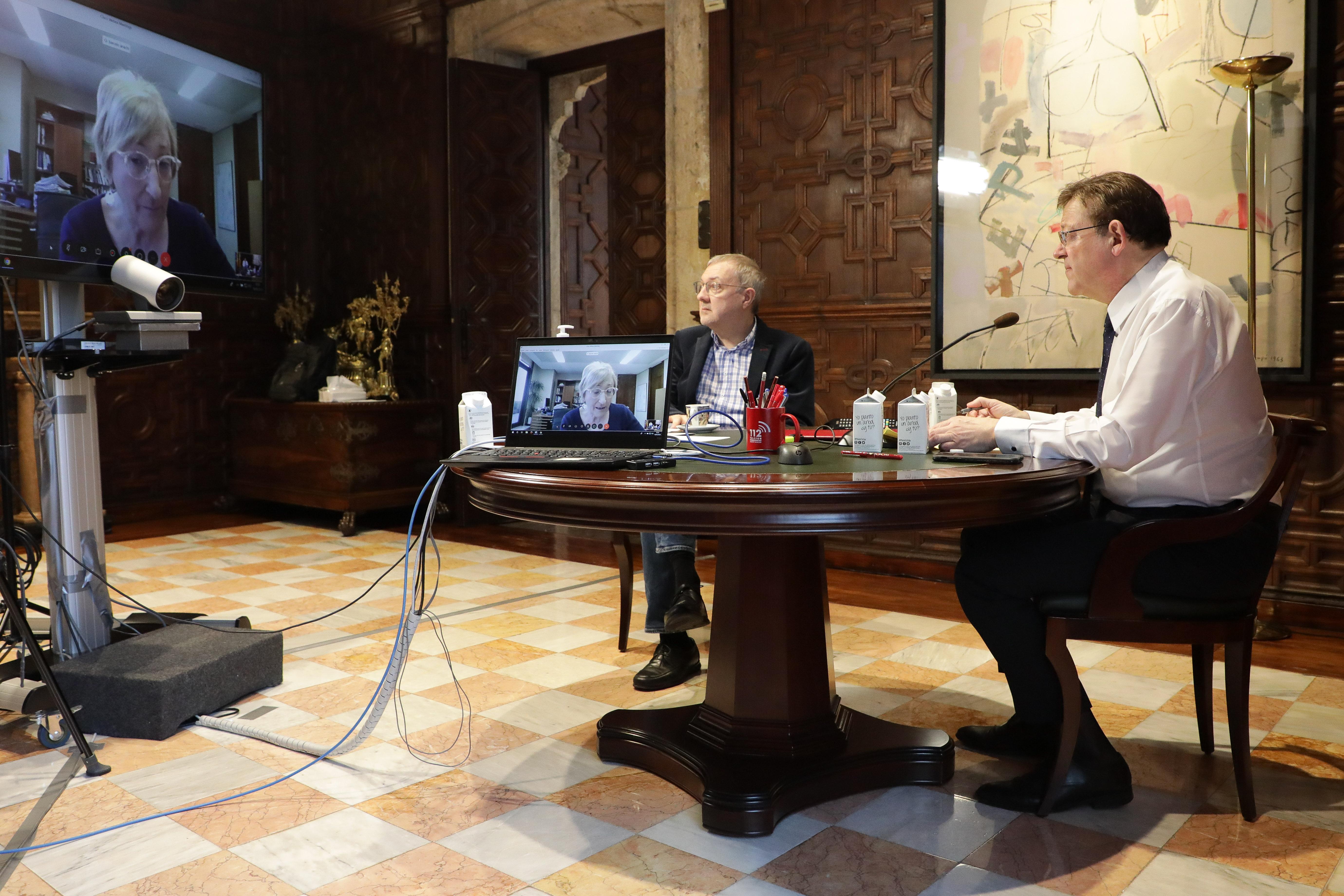 Ximo Puig se reúne con la consellera de Sanidad Universal para analizar la situación de la pandemia de coronavirus en la Comunitat Valenciana