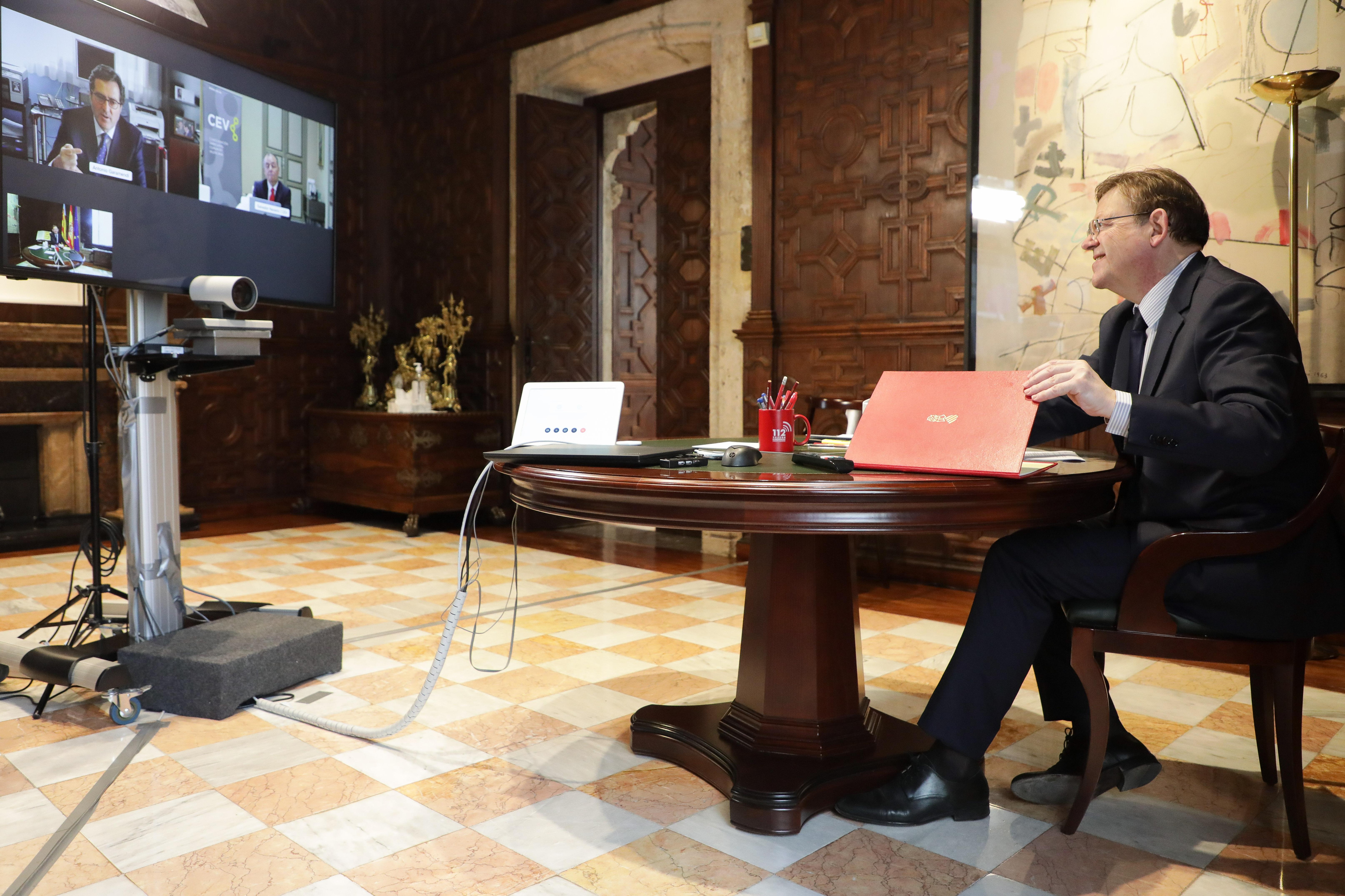 Ximo Puig destaca con Garamendi la apuesta por la colaboración de los agentes sociales y el Gobierno para acabar con la economía sumergida ante la...