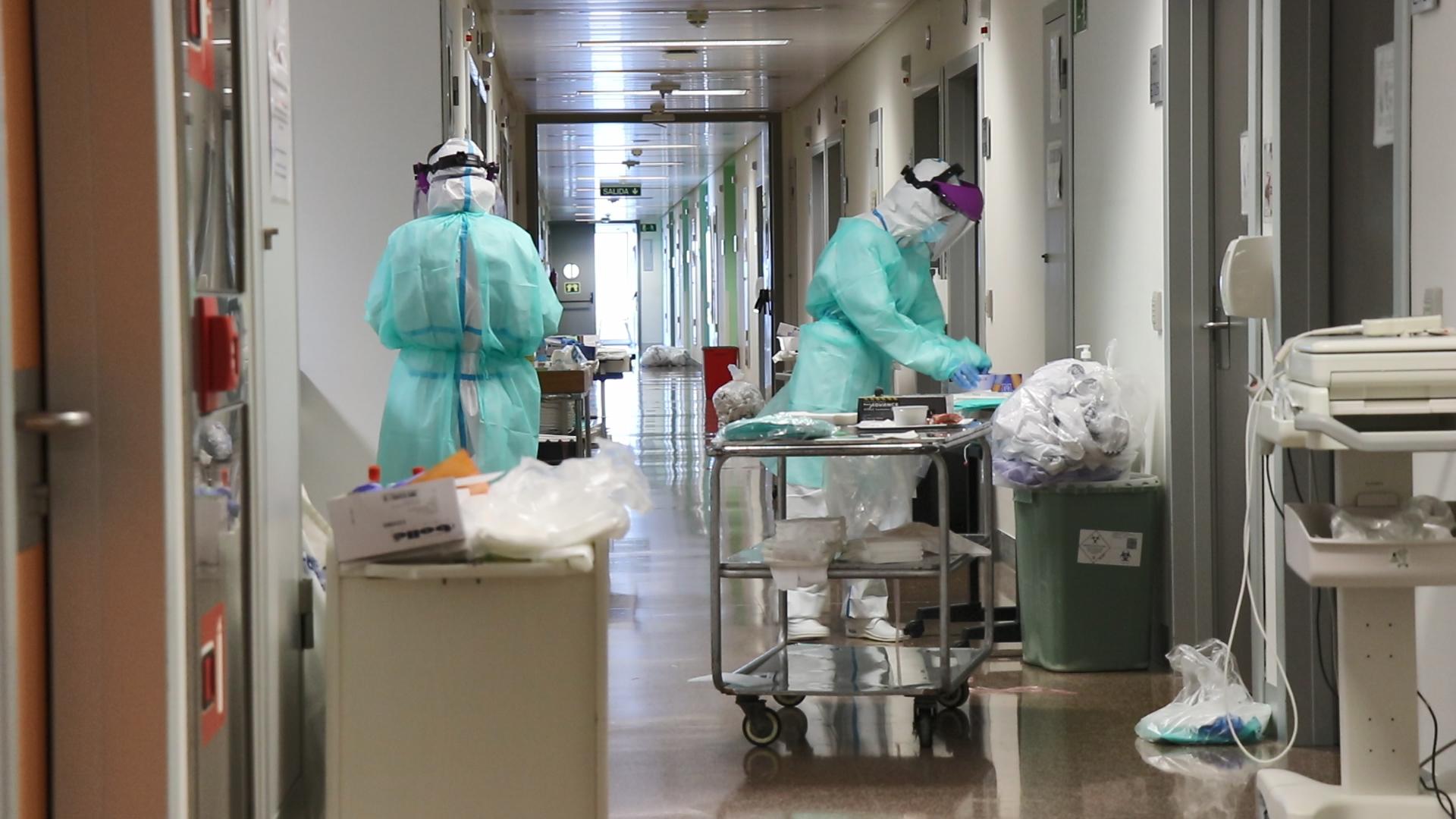 Sanidad realiza un ensayo clínico con infusión de plasma de pacientes que han superado el coronavirus