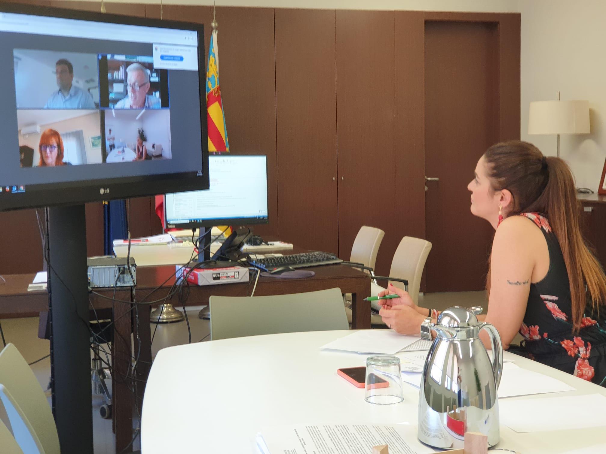"""Mireia Mollà trasllada a l""""Associació de Flors i Plantes els detalls de les ajudes de 2,4 milions d""""euros al sector"""