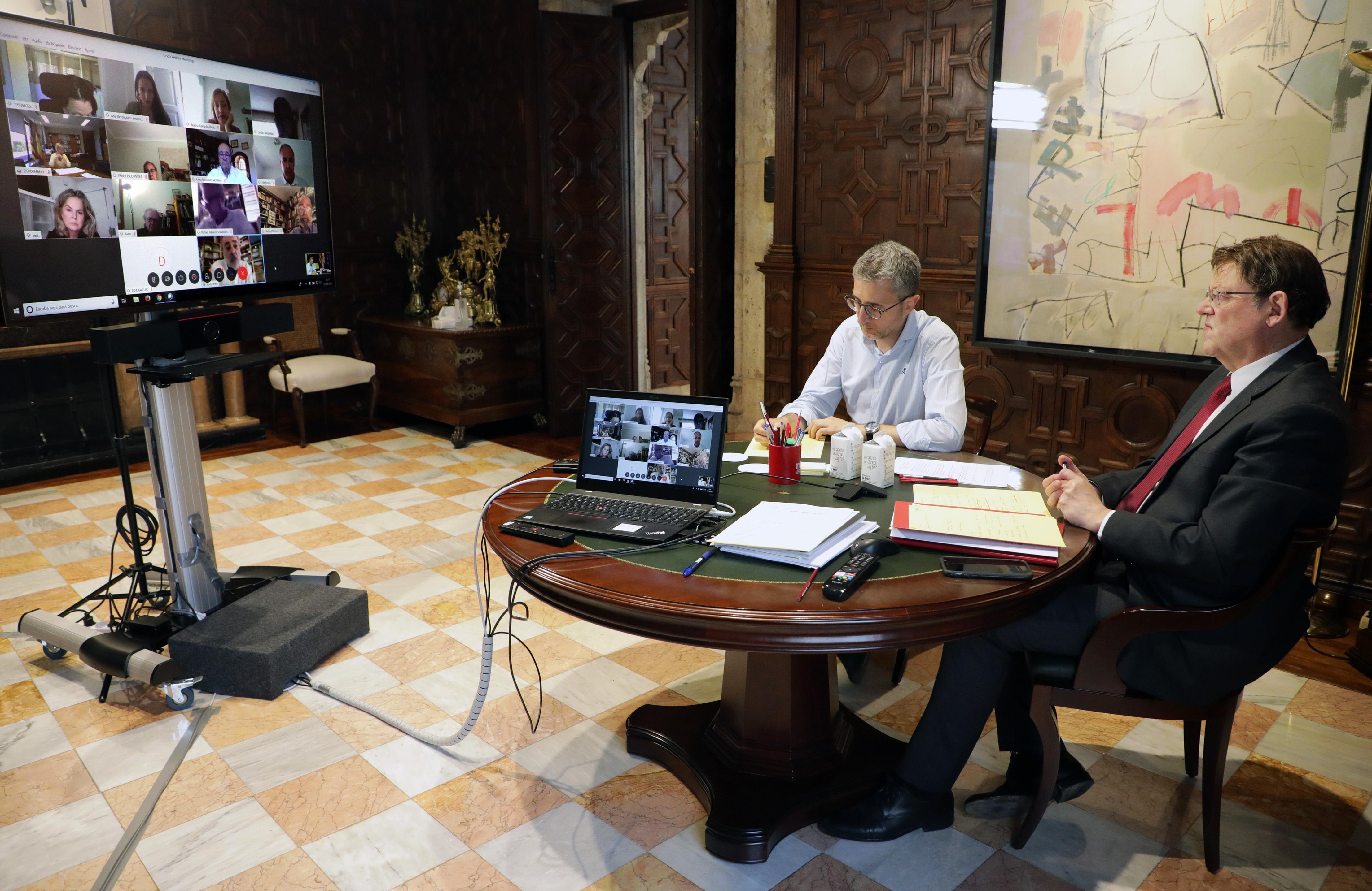 Ximo Puig mantiene una nueva reunión con personas expertas para analizar la situación ocasionada por el coronavirus y el proceso de desescalada en...