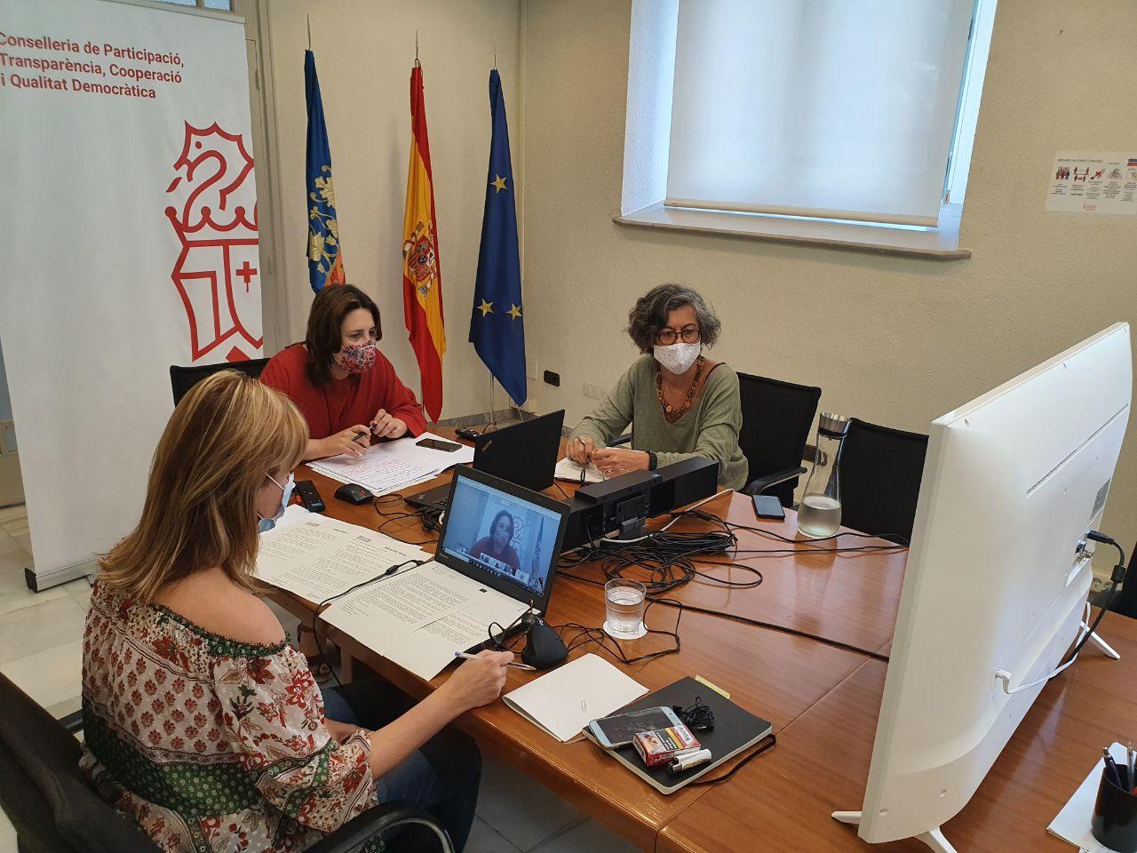 La consellera Pérez Garijo presideix les àrees de Participació i Cooperació del Projecte Alcem-nos amb la FVMP