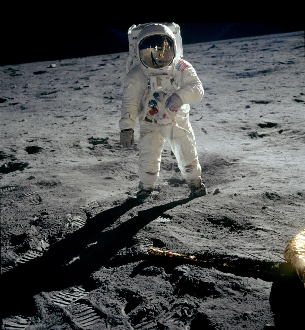 """La película """"Apollo 11. Primeros pasos"""" finaliza su periodo de exhibición en el Hemisfèric"""