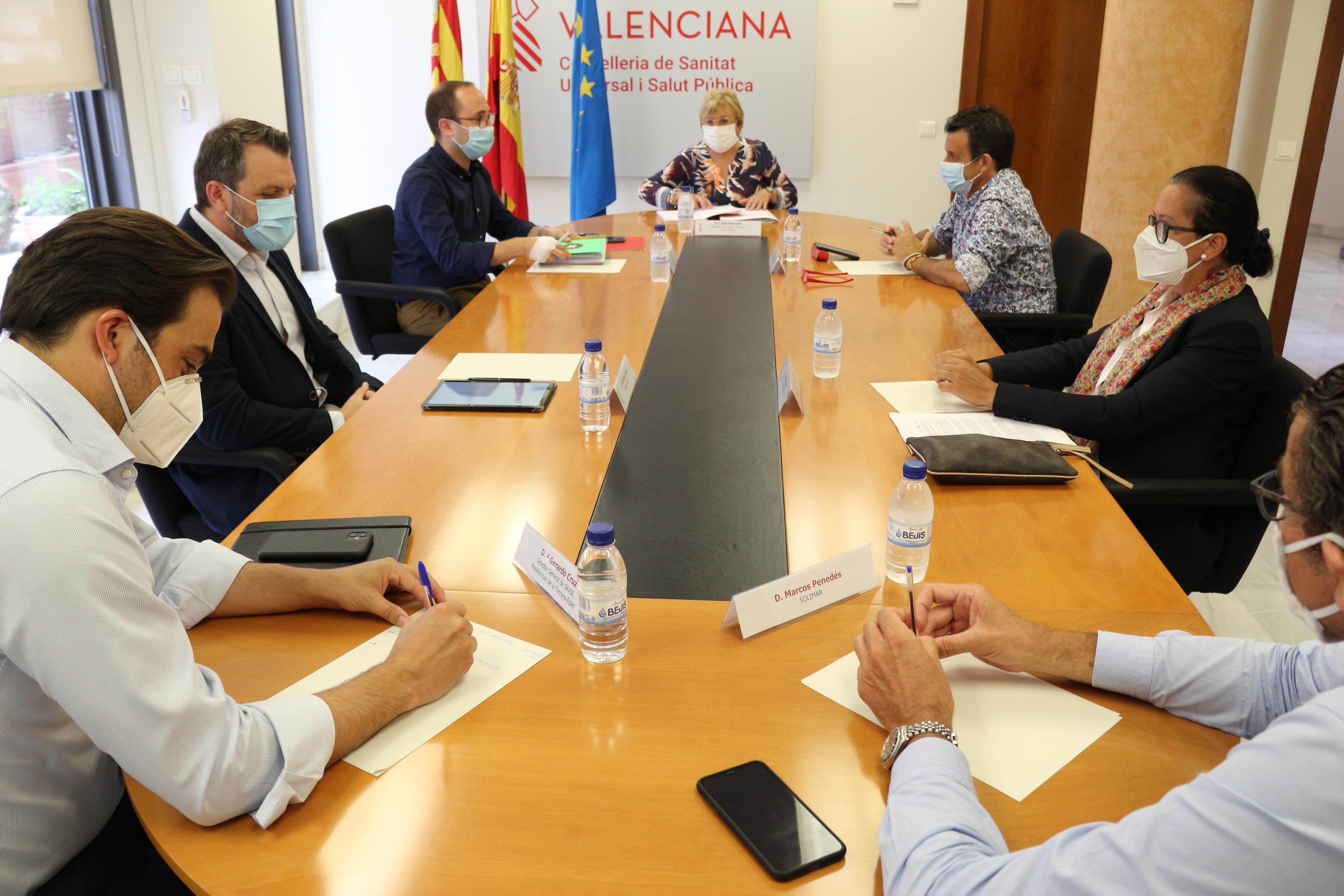 """Ana Barceló: """"Se reforzará la prevención, detección, atención integral y control de las residencias frente al riesgo todavía existente por la COVI..."""