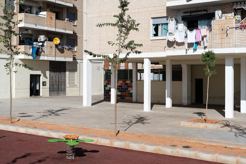 """La Conselleria d""""Habitatge desinfectarà per segona vegada les zones comunes del grup San Lorenzo de Castelló després de detectar-se un brot de 23 ..."""