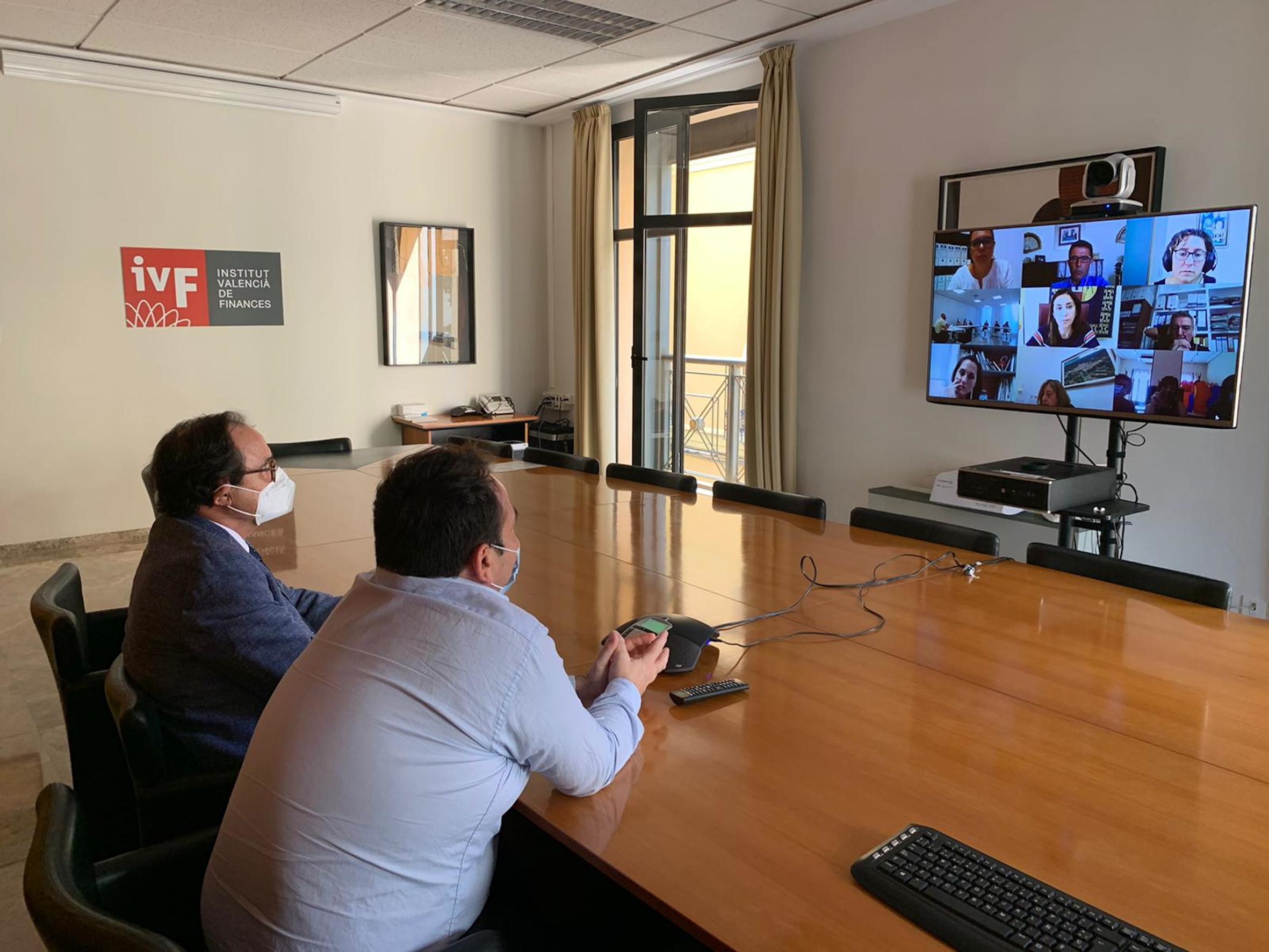 """Soler: """"La vía de diálogo y colaboración abierta entre el IVF y los ayu..."""