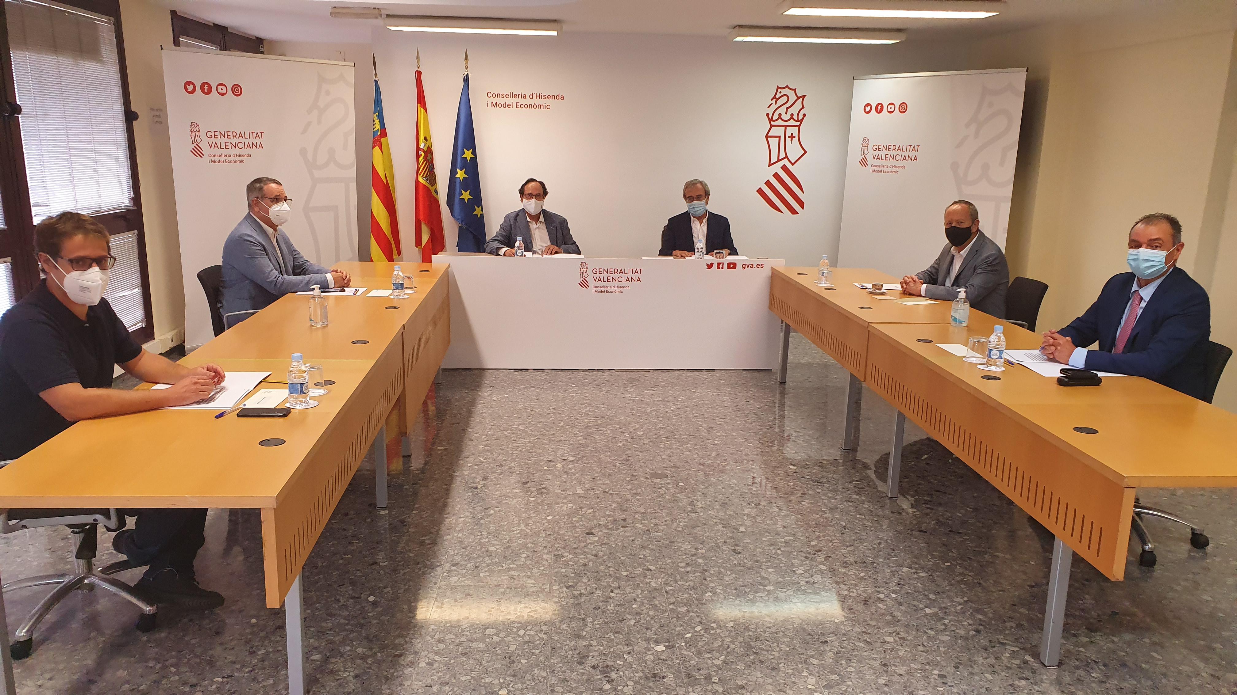 El Consell logra el apoyo de los agentes sociales y económicos para reivindicar un fondo adicional que solucione de manera inmediata la infrafinan...