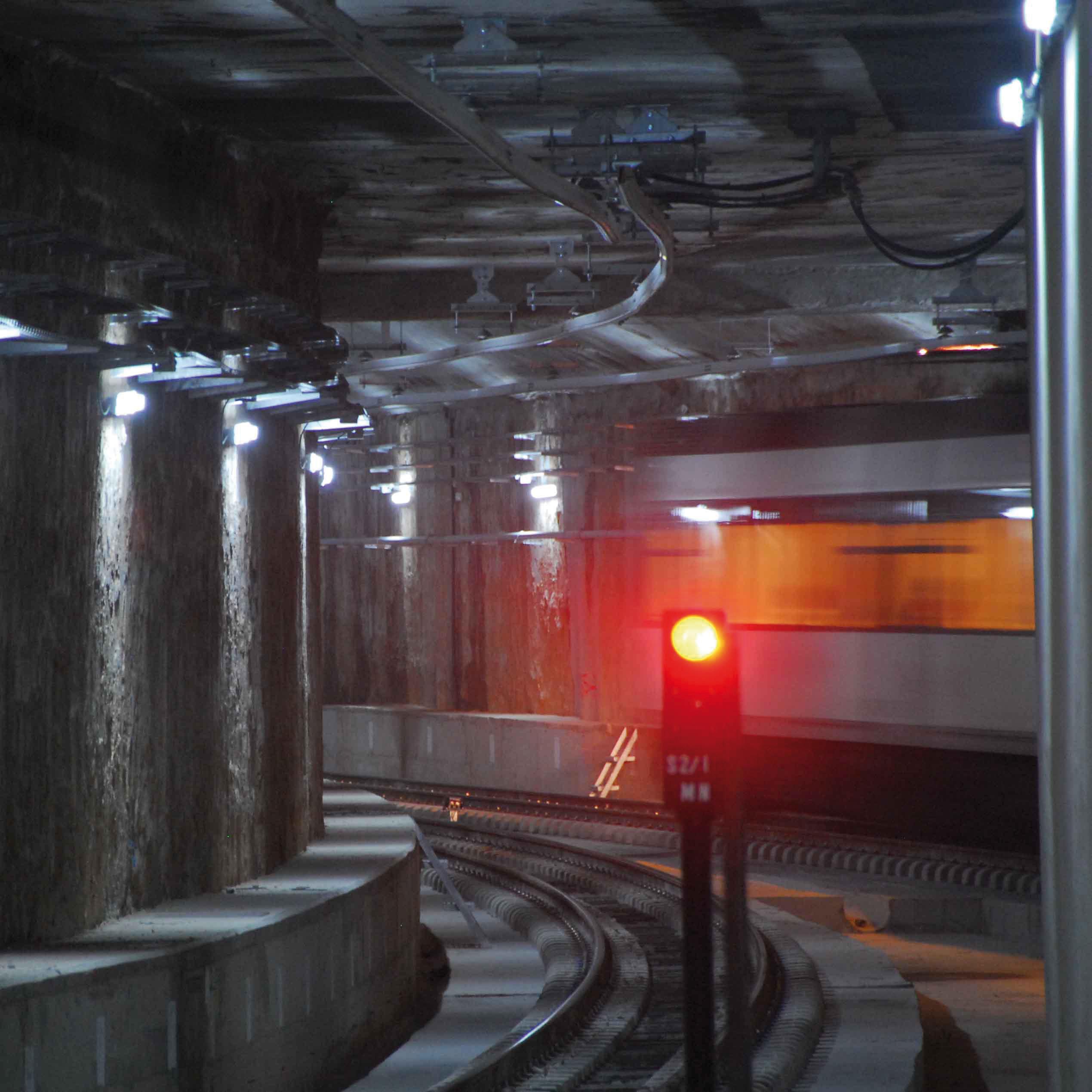 La Generalitat invertirá 3,5 millones de euros en renovar las instalaciones de alta tensión del tramo subterráneo de la L1 y L2 de Metrovalencia