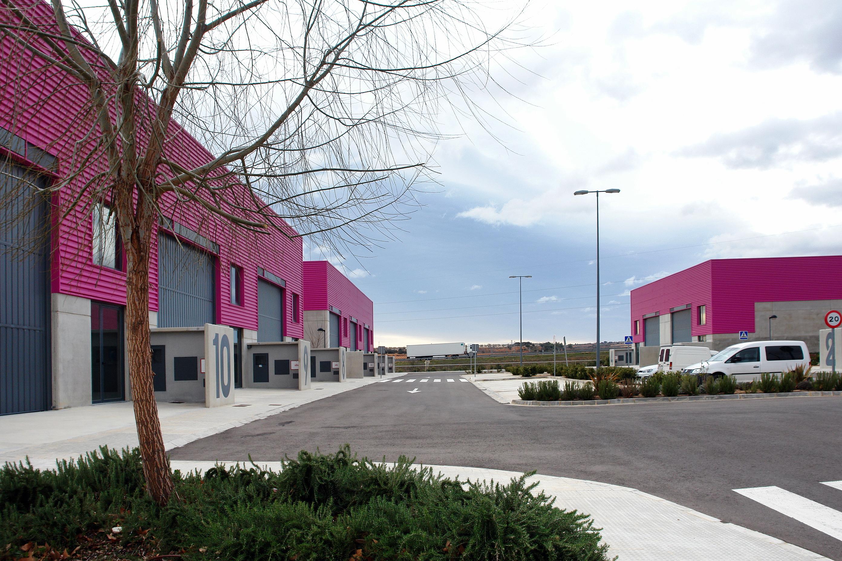 """L""""Ivace concedeix l""""exempció en el pagament del lloguer als arrendataris de les naus del Parc Empresarial Nuevo Tollo d""""Utiel"""