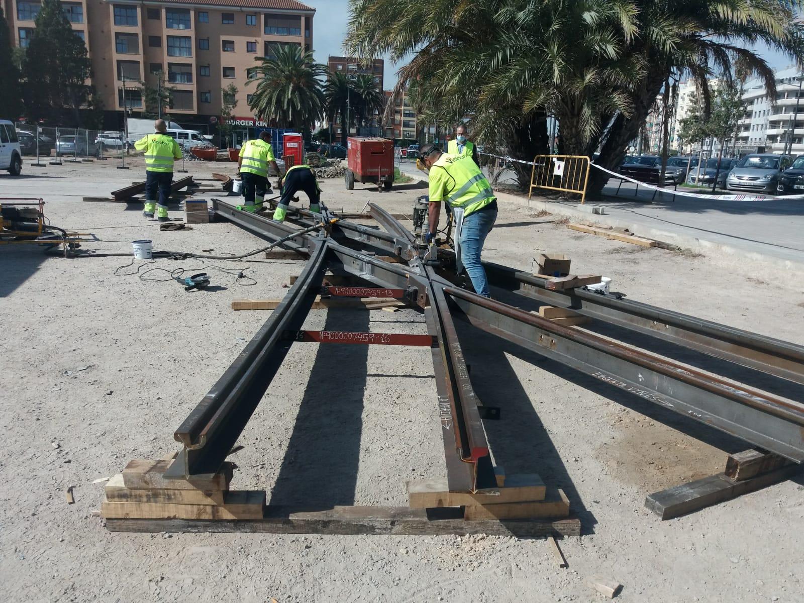 Ferrocarrils de la Generalitat realiza obras de renovación de vía en el tramo entre La Cadena y La Marina de las líneas 4 y 6 del tranvía