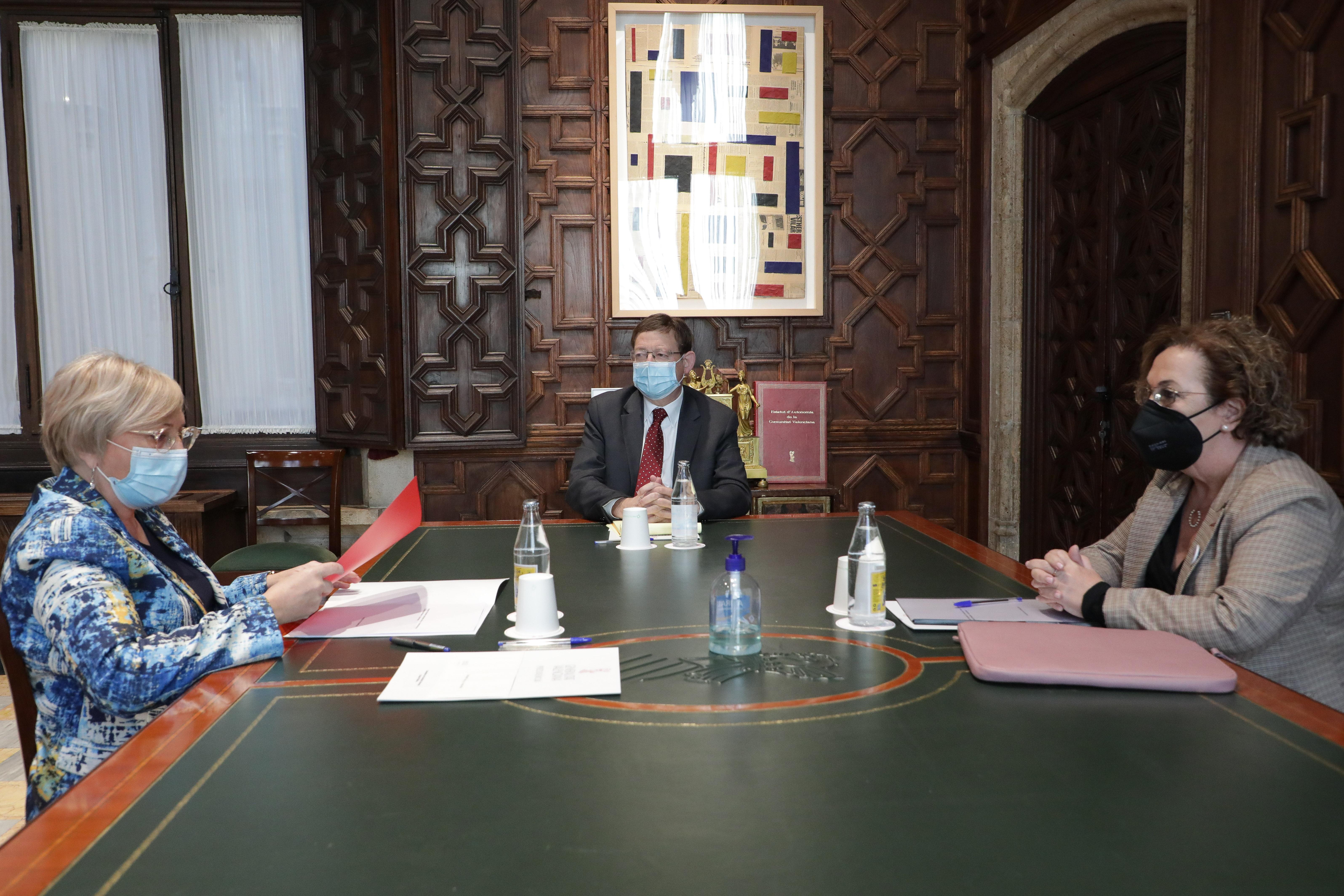"""Ximo Puig anuncia un procés de participació obert per a consensuar amb els professionals i la societat la reforma de l""""Atenció Primària"""