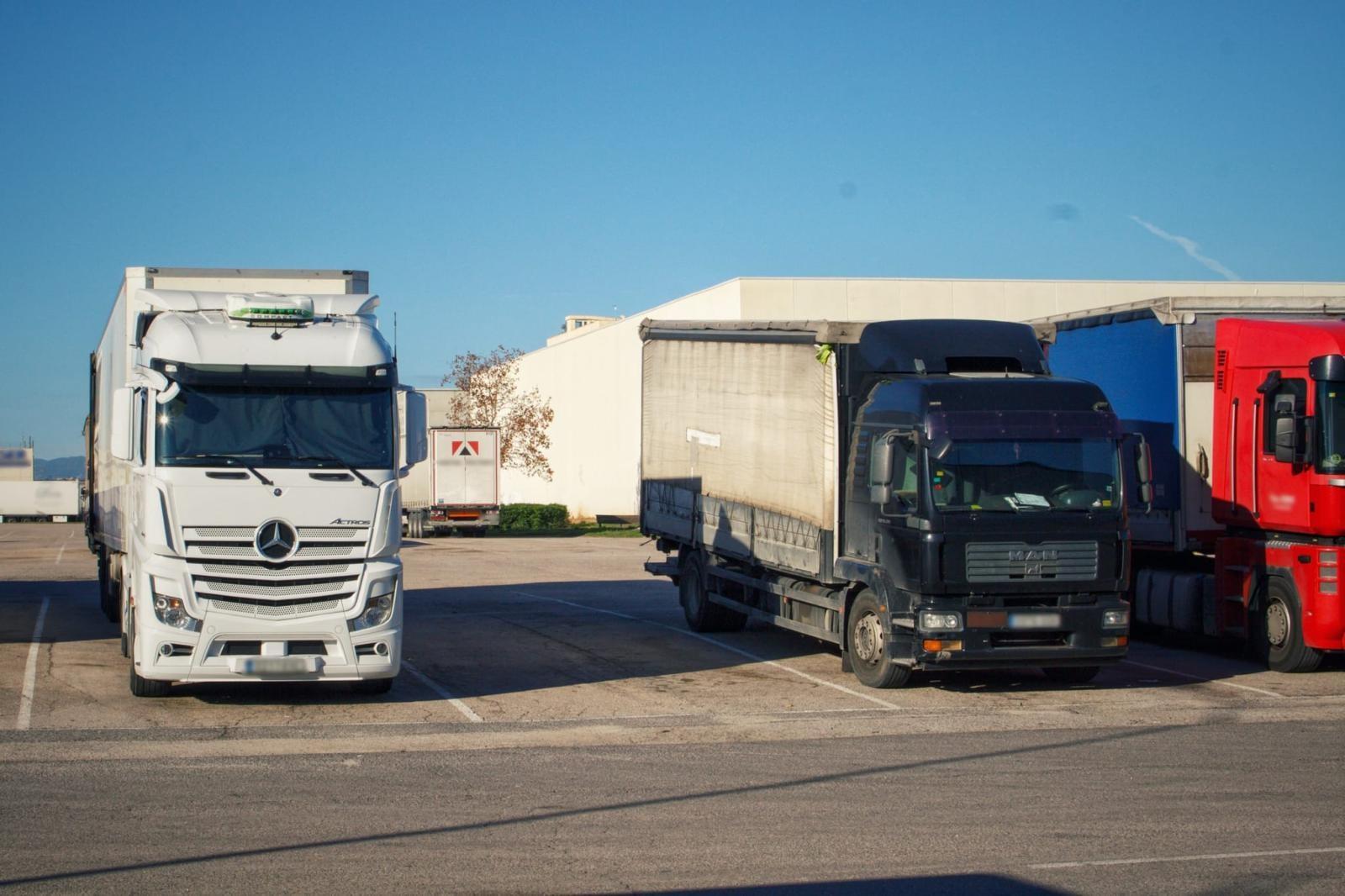 La Generalitat aprueba que los establecimientos de restauración de carretera no queden sujetos a ninguna franja horaria para prestar servicio a tr...