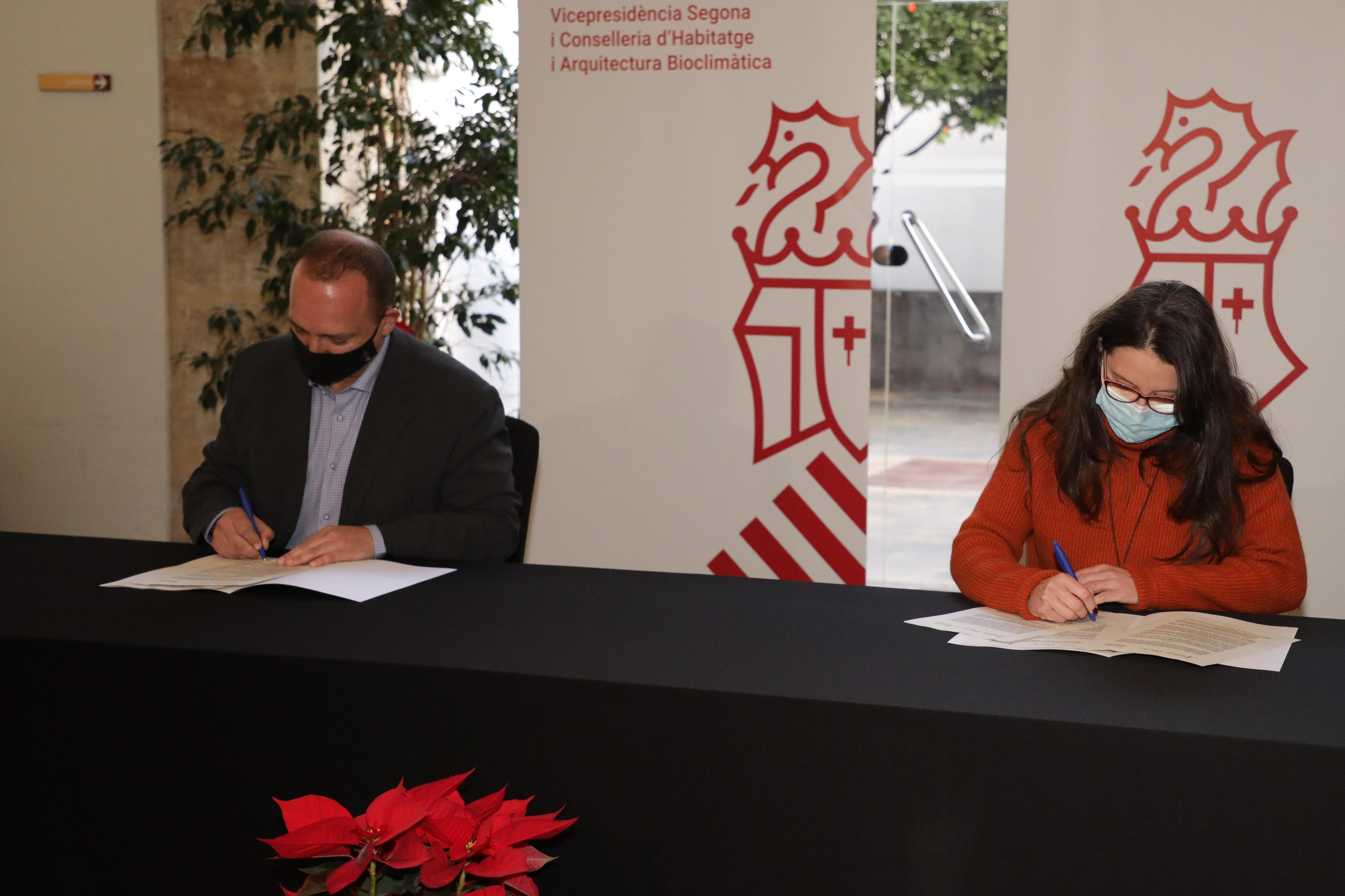 Igualdad y Vivienda firman un acuerdo para incrementar el parque de vivienda pública destinada a mujeres en situación de violencia de género