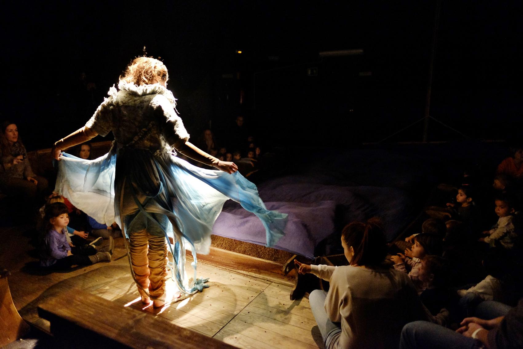 """El Teatre Arniches oferirà l""""espectacle per a públic familiar """"Loo"""""""