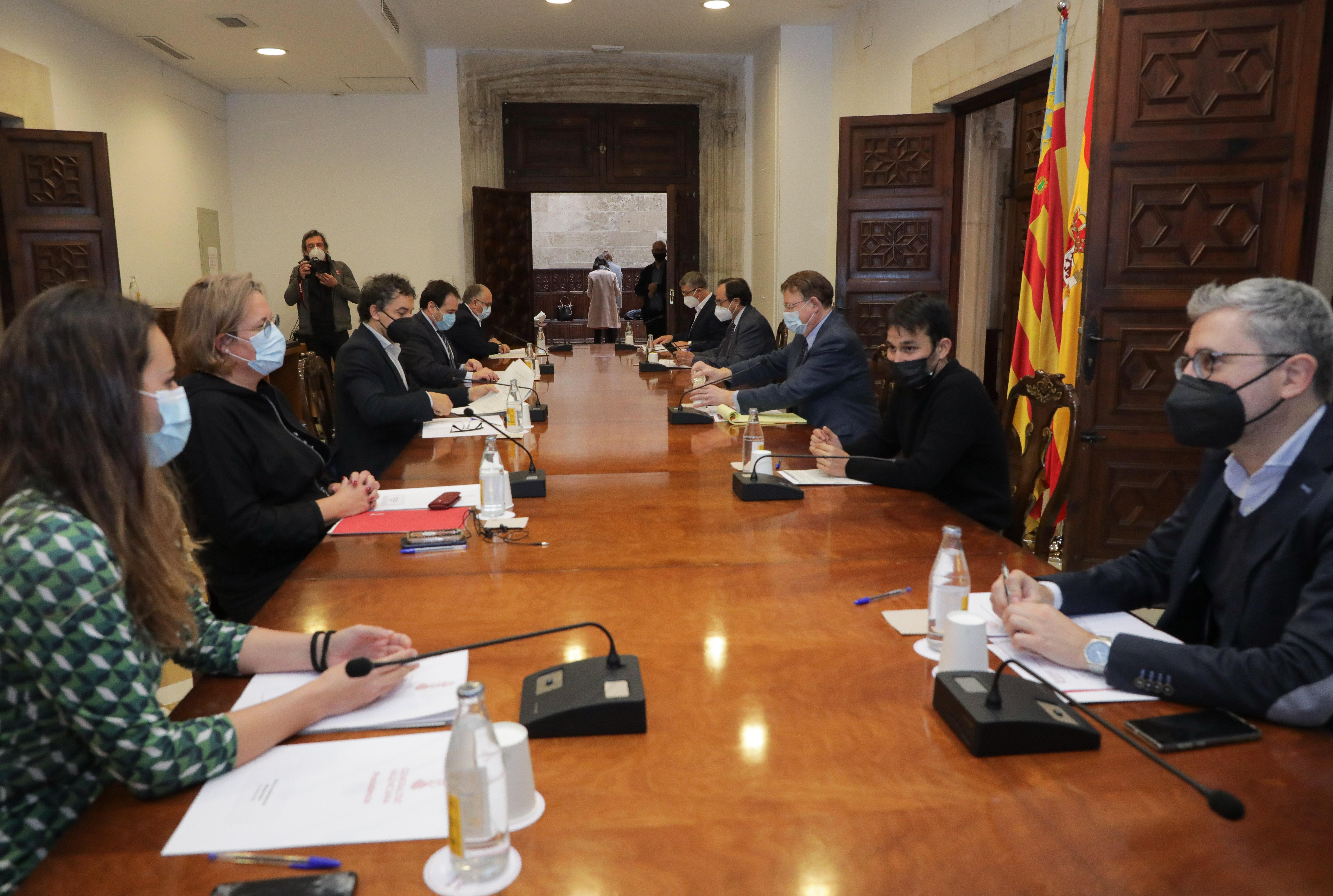 """Ximo Puig destaca que la Generalitat ja ha activat 357 milions del Pla Resistir per a garantir la continuïtat de l""""activitat econòmica dels sector..."""